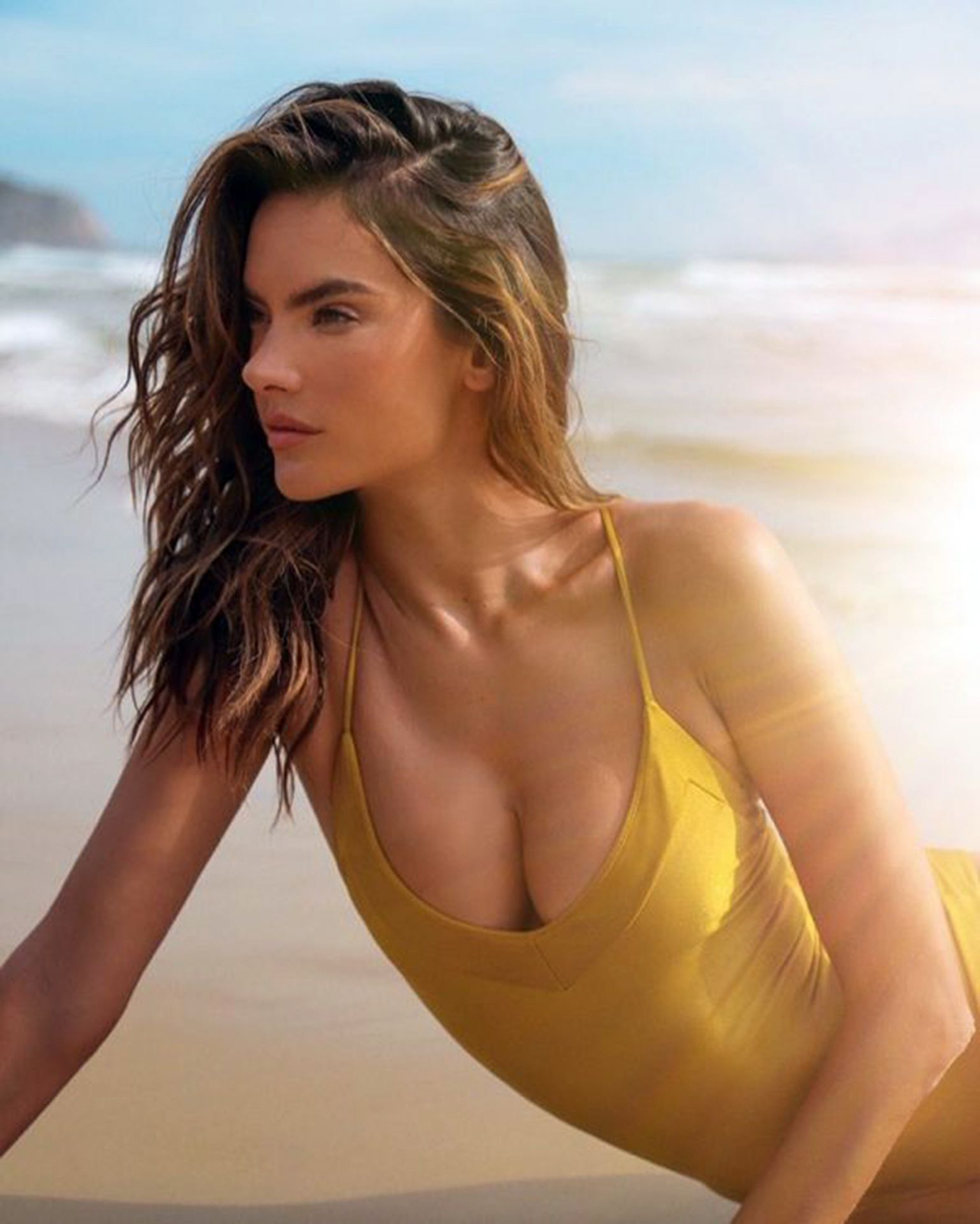 Alessandra Ambrosio Presents The New Campaign Of Her Brand Gal Floripa 0002