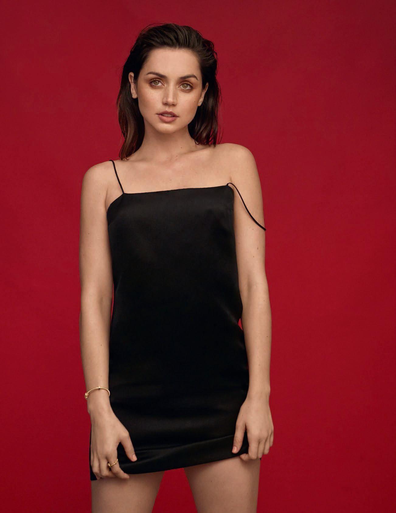 Ana De Armas Sexy – Vogue Spain April 2020 Issue 0005