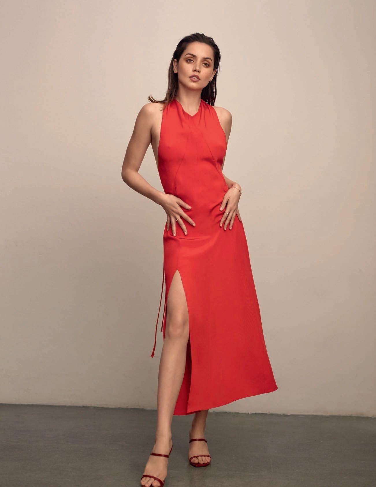 Ana De Armas Sexy – Vogue Spain April 2020 Issue 0007