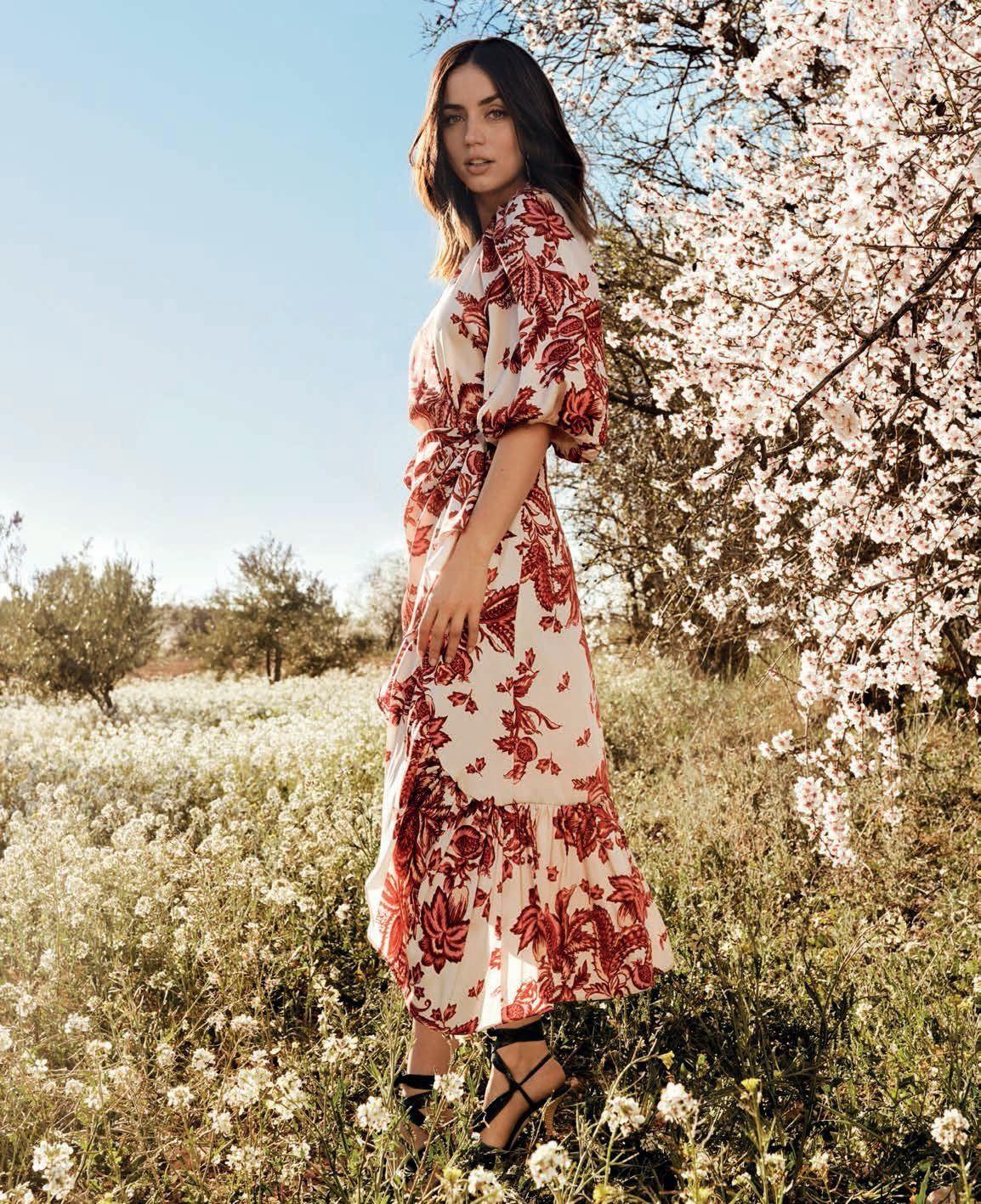 Ana De Armas Sexy – Vogue Spain April 2020 Issue 0014