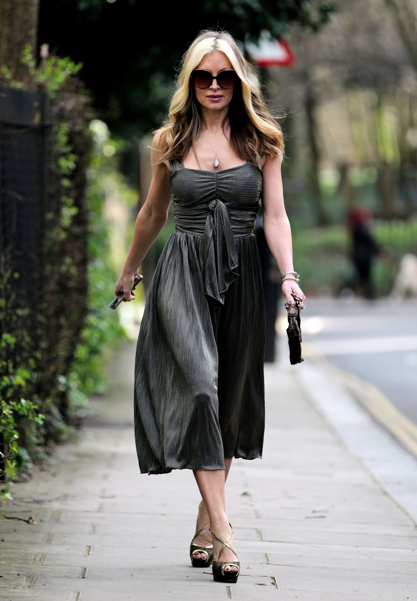 Caprice Bourret Steps Out Looking Glamorous In London 0022