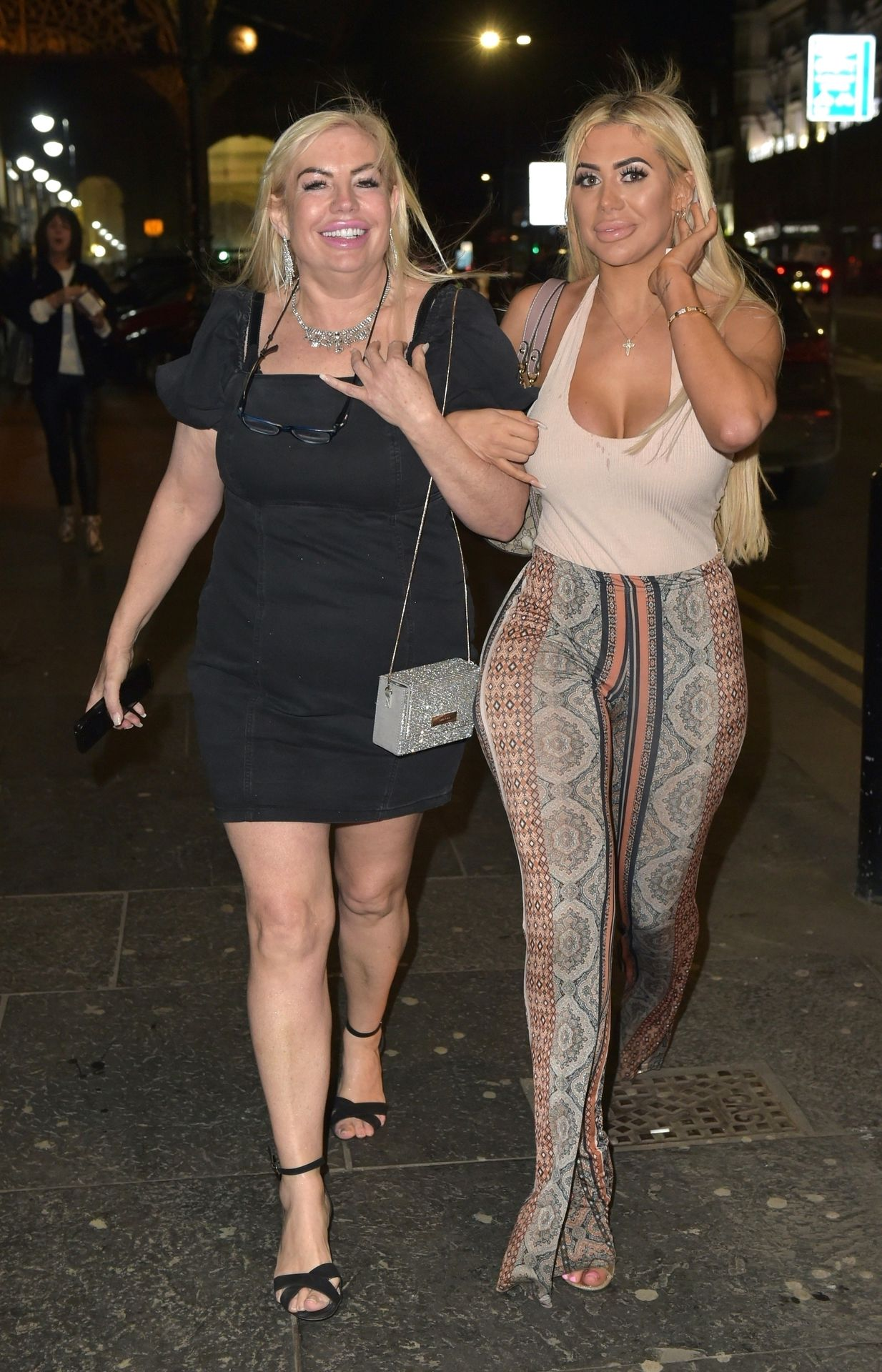 Chloe Ferry Hits The Toon With Her Mum 0003