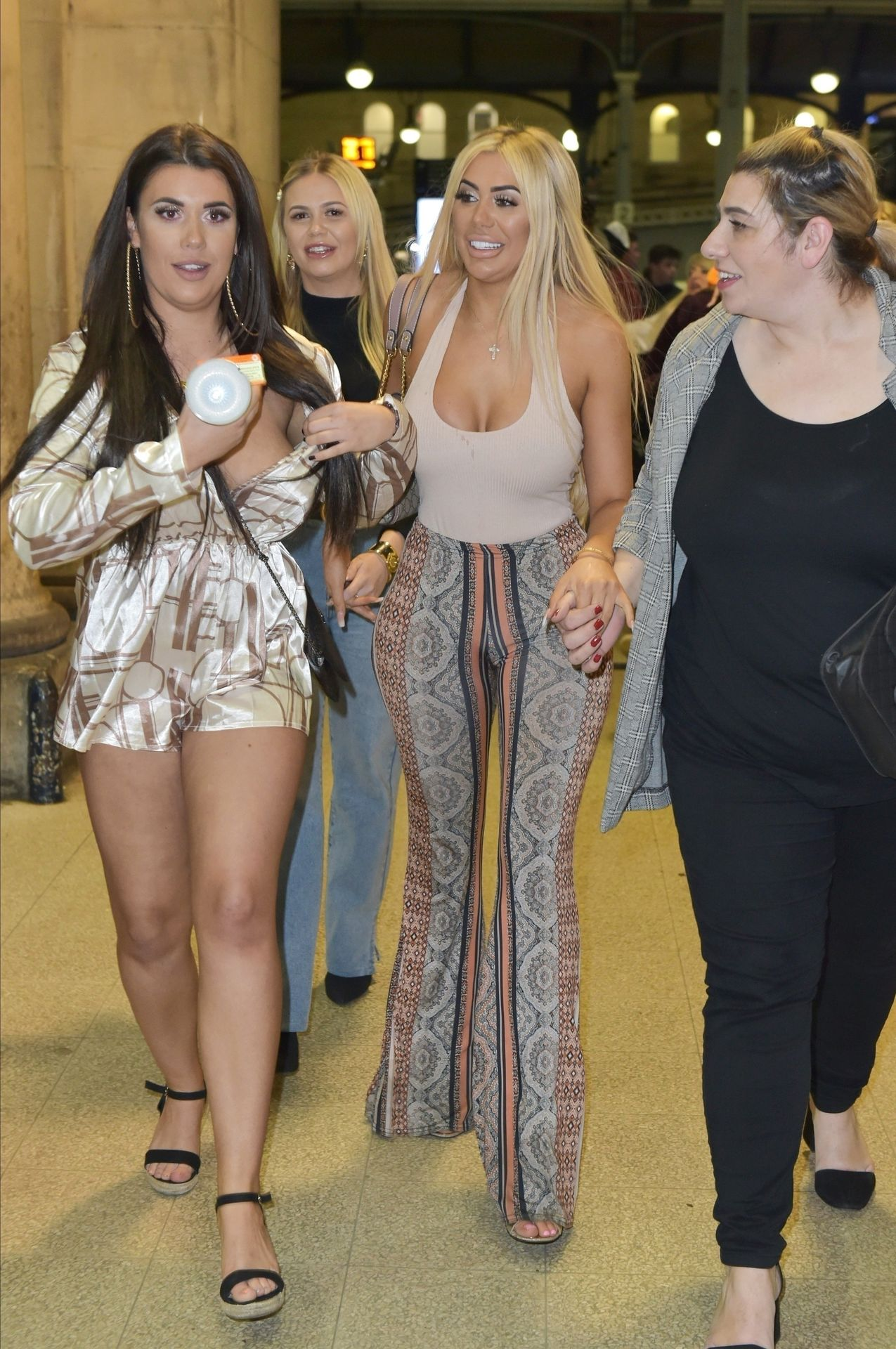 Chloe Ferry Hits The Toon With Her Mum 0015