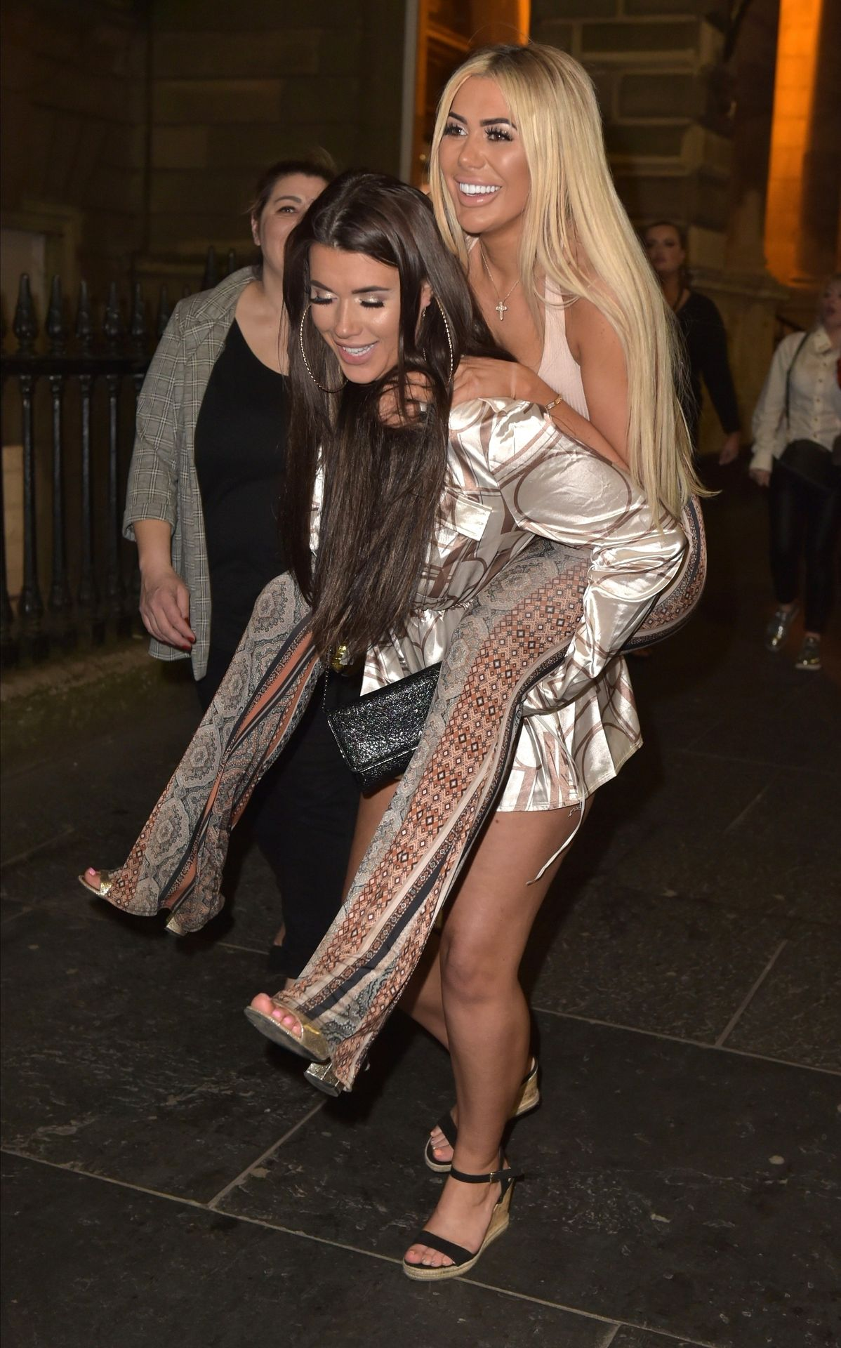 Chloe Ferry Hits The Toon With Her Mum 0040
