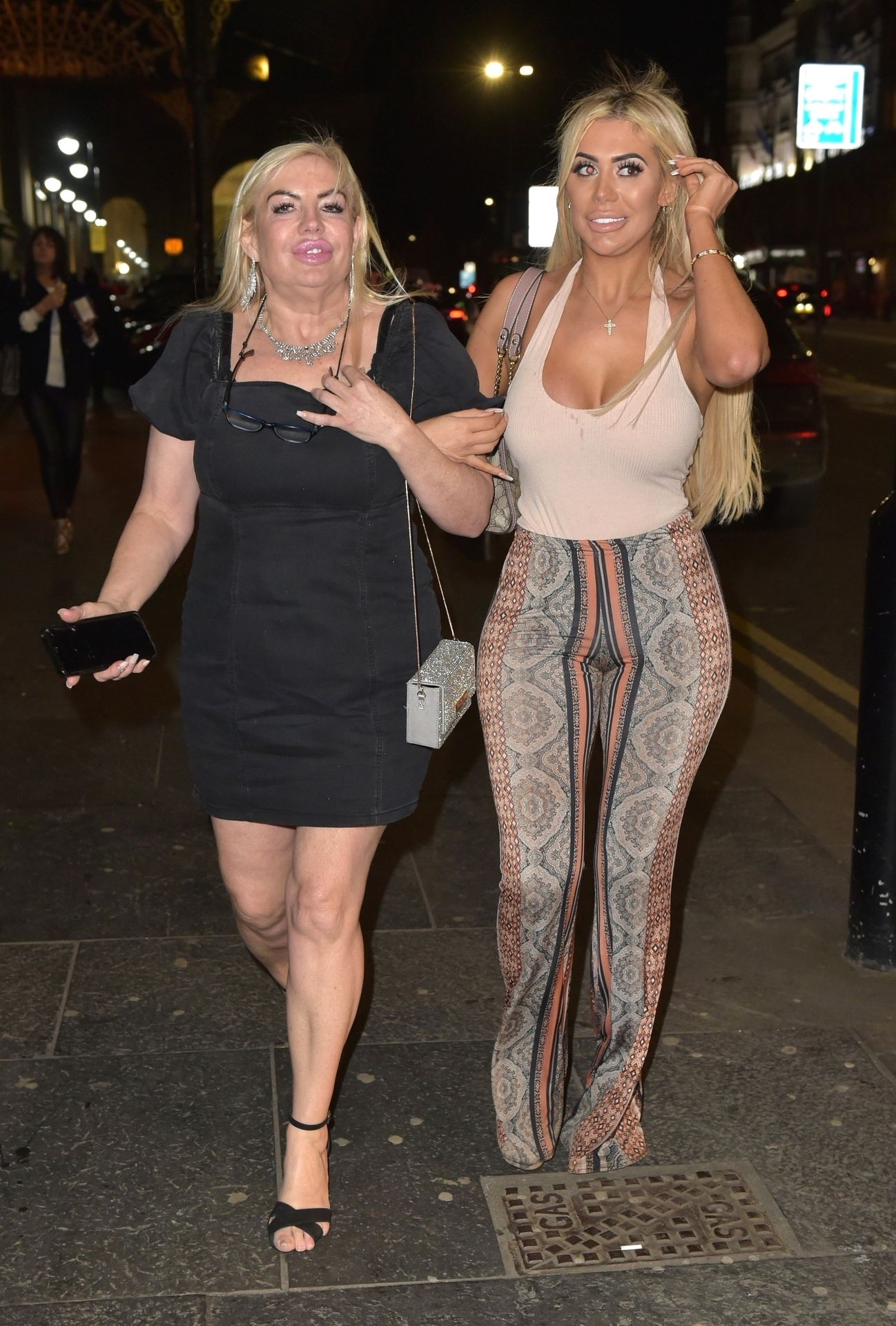 Chloe Ferry Hits The Toon With Her Mum 0054