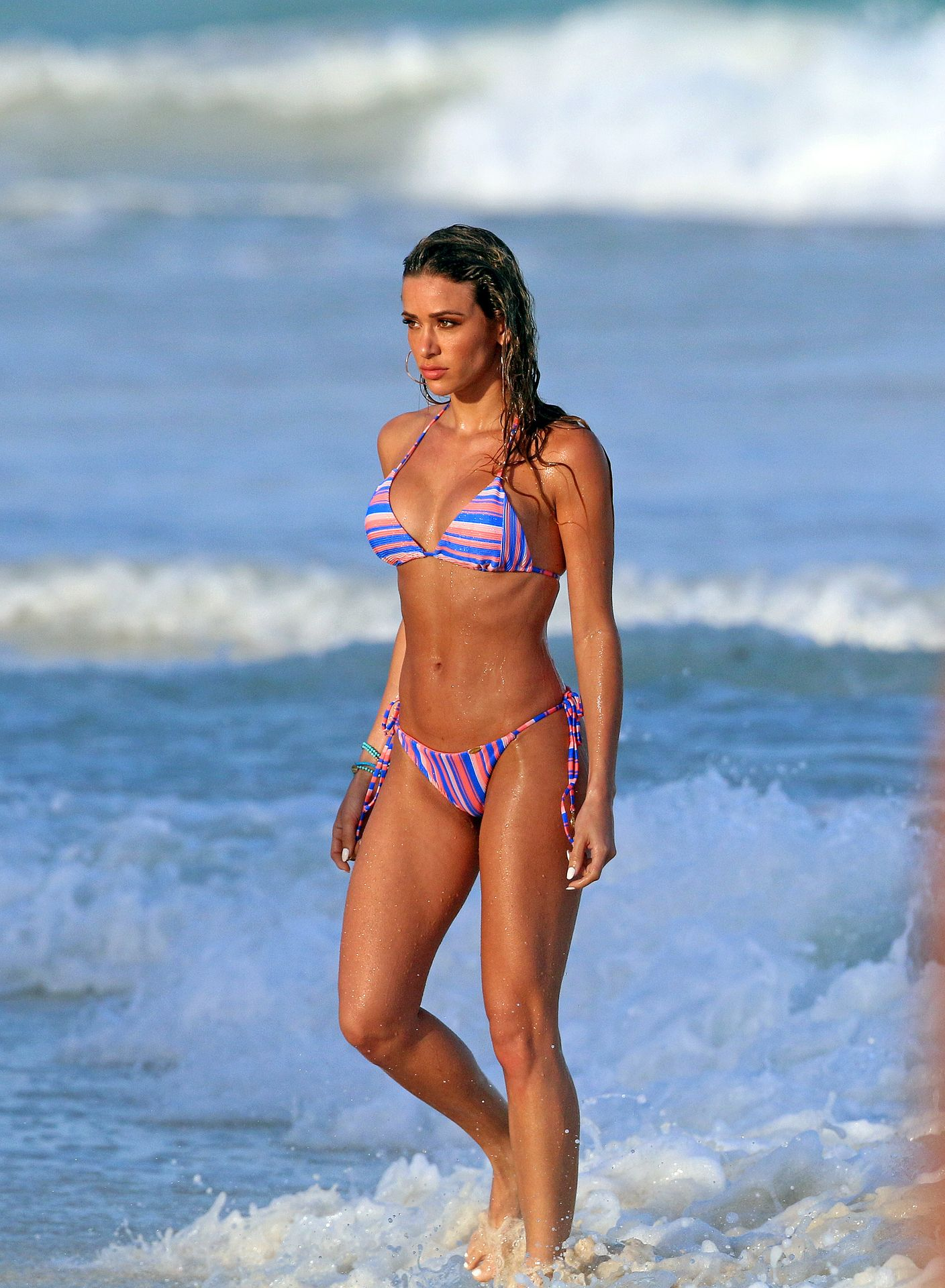 Cindy Prado Shows Off Her Fantastic Body While Doing A Photoshoot In Cancun 0023
