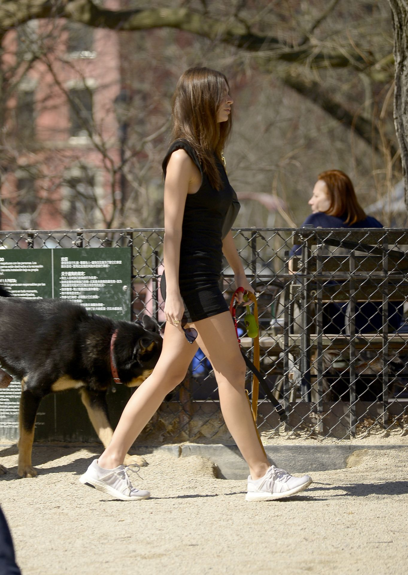 Emily Ratajkowski Takes Her Dog To A Dog Park In New York City 0027
