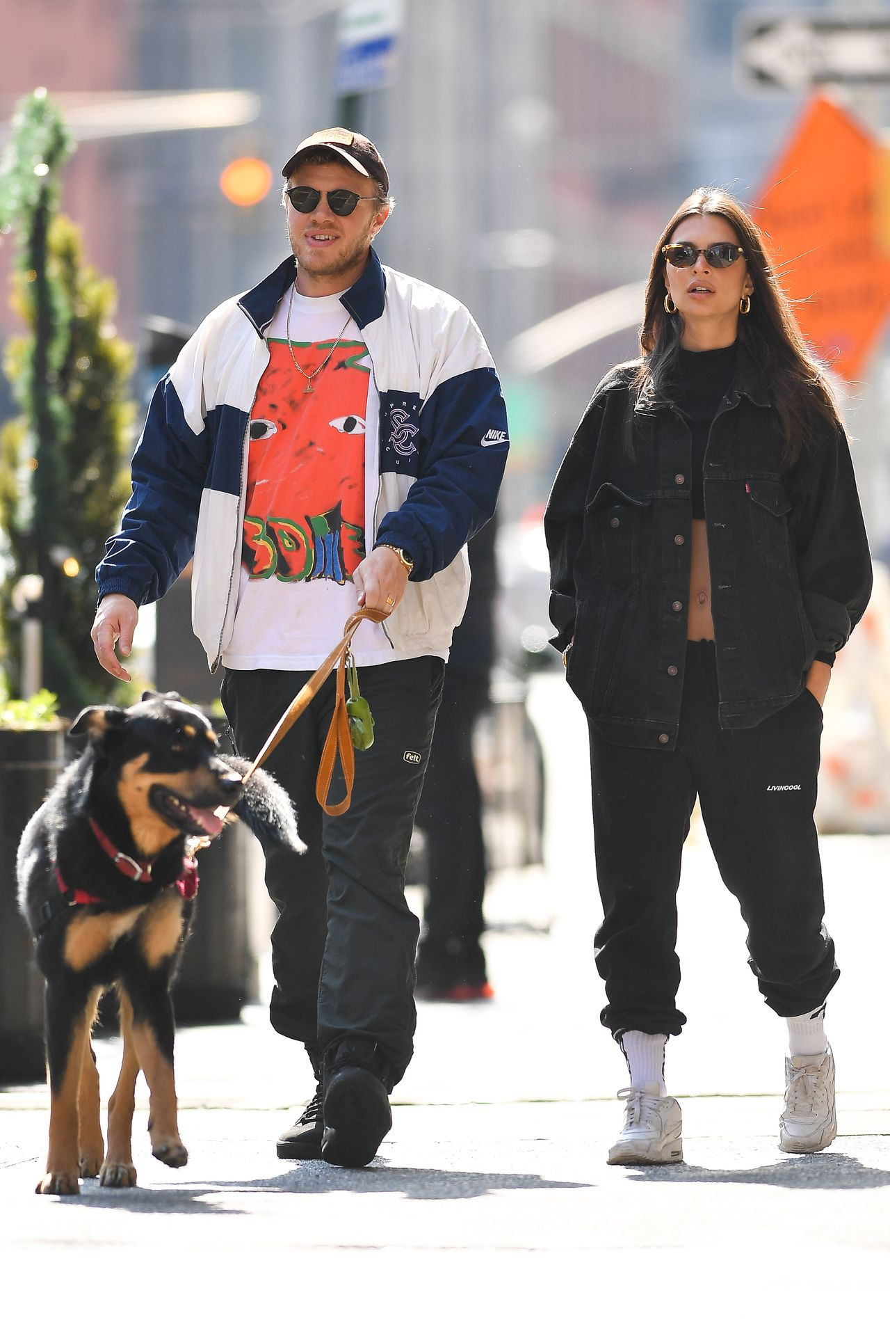 Emily Ratajkowski Walks With Her Dog Colombo In Nyc 0001