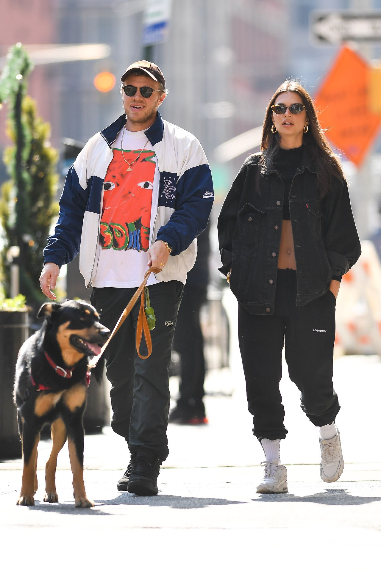 Emily Ratajkowski Walks With Her Dog Colombo In Nyc 0004