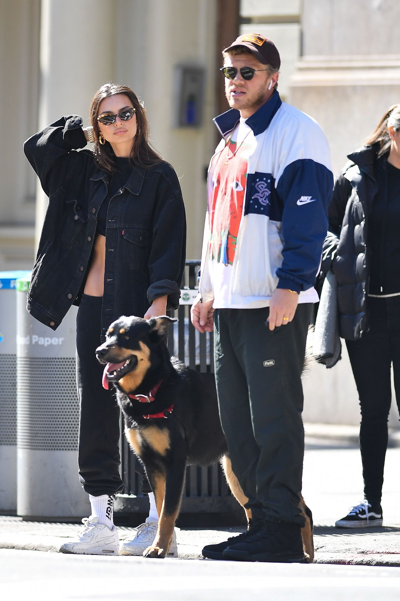 Emily Ratajkowski Walks With Her Dog Colombo In Nyc 0027