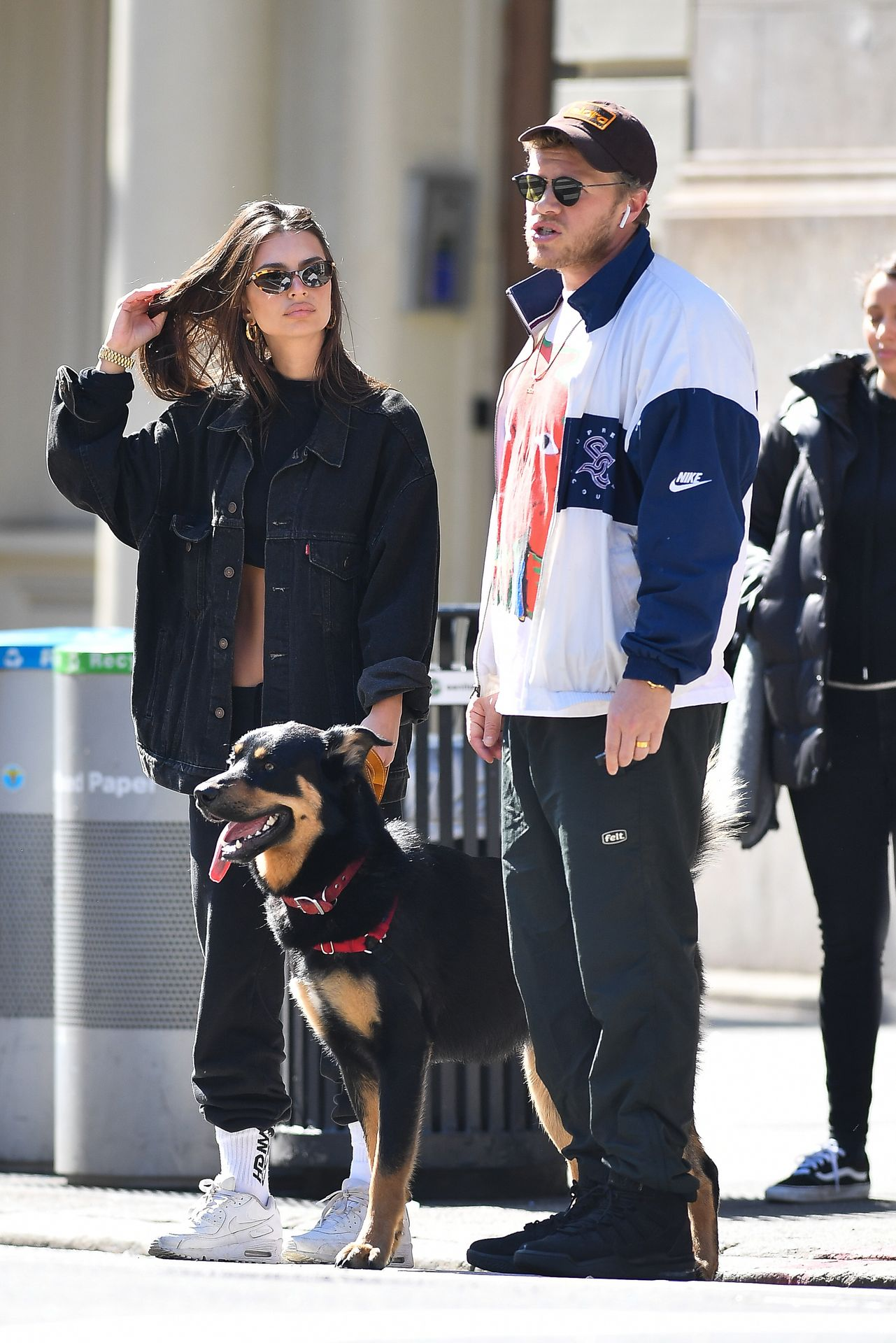 Emily Ratajkowski Walks With Her Dog Colombo In Nyc 0028