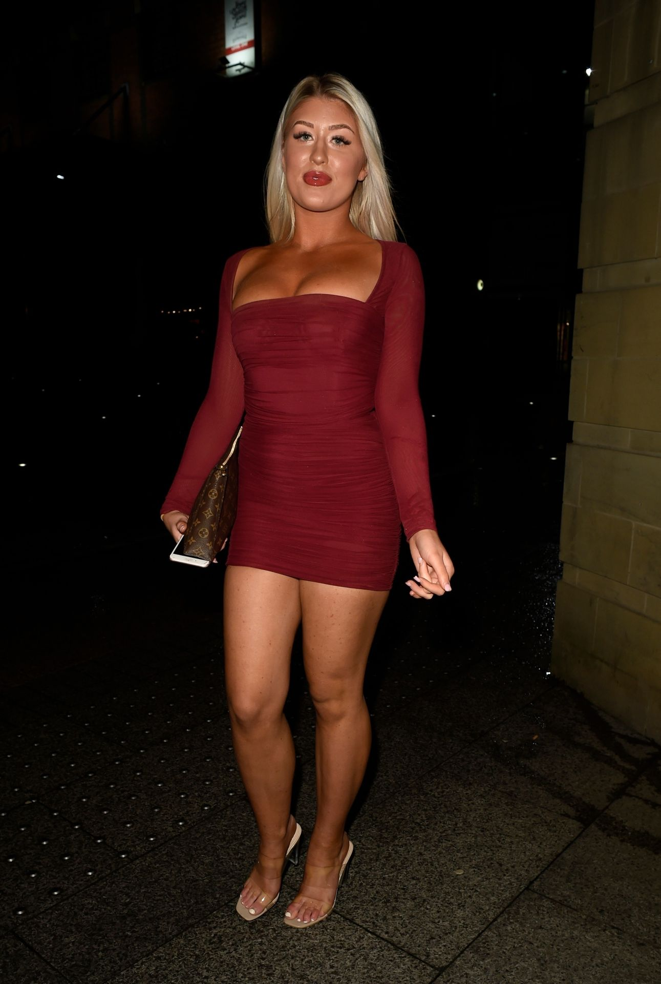 Eve Gale Is Heading To China Whites In Manchester 0002