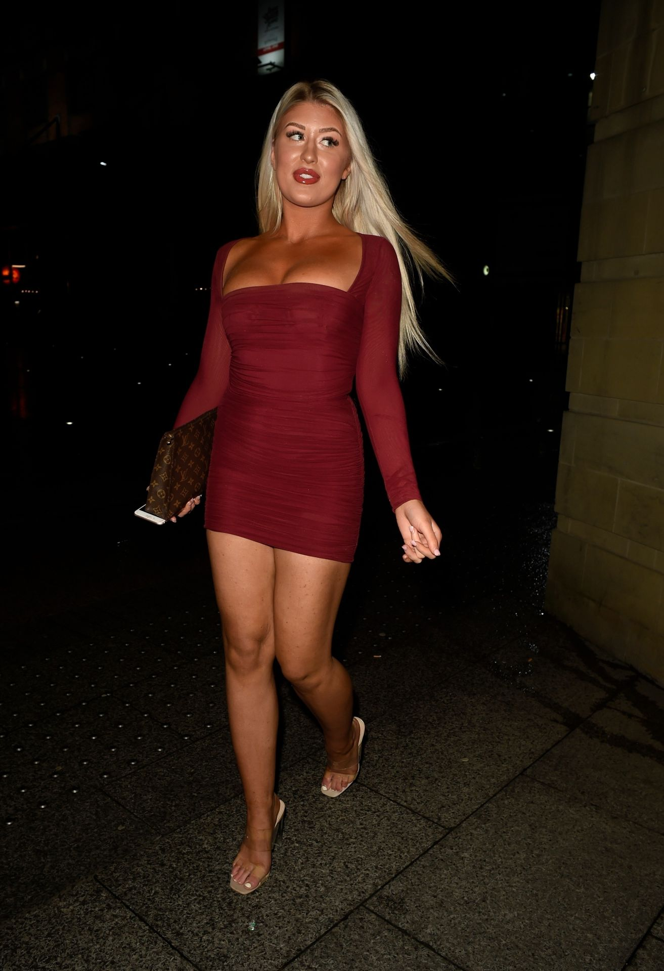 Eve Gale Is Heading To China Whites In Manchester 0004