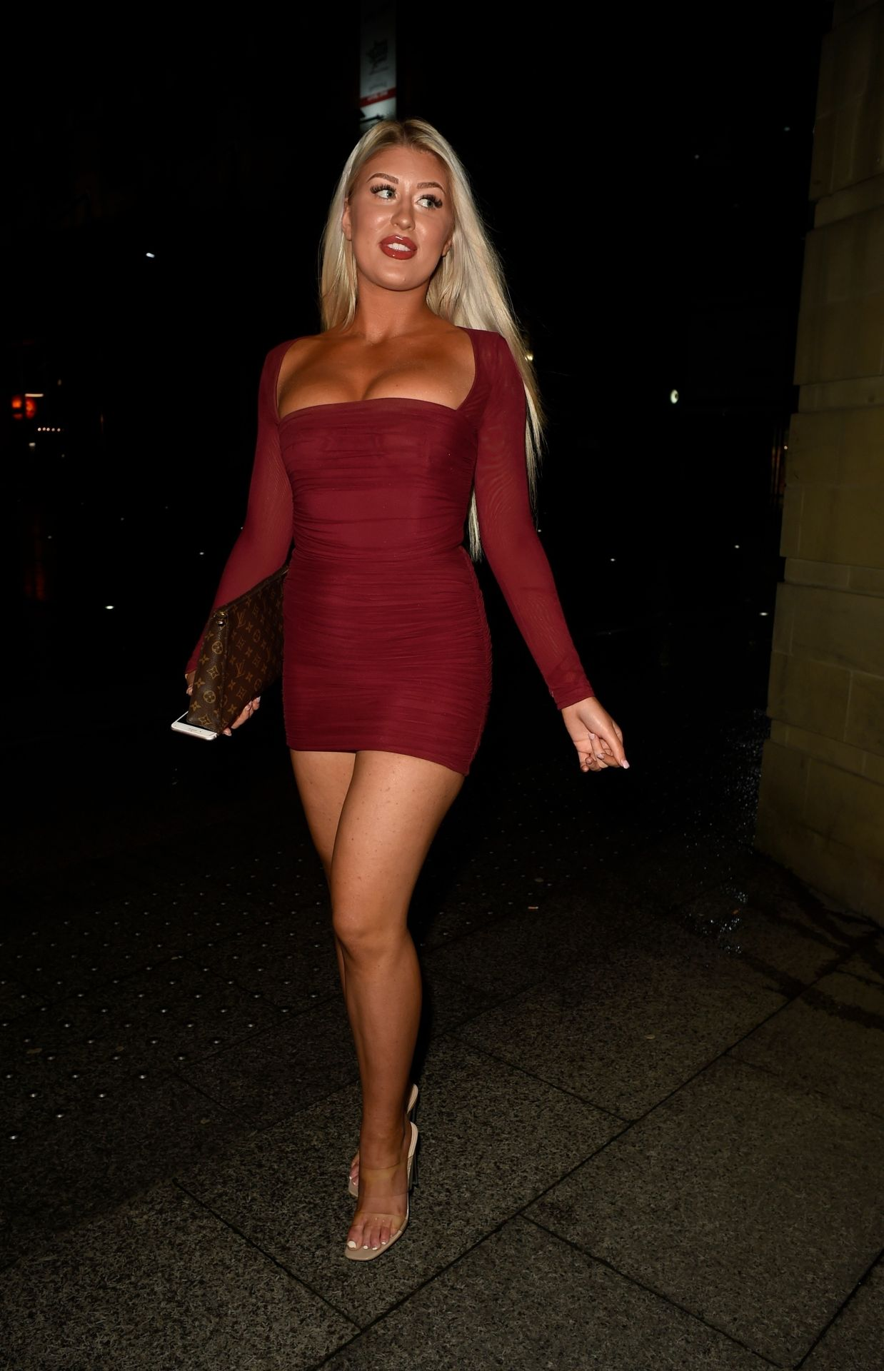 Eve Gale Is Heading To China Whites In Manchester 0005