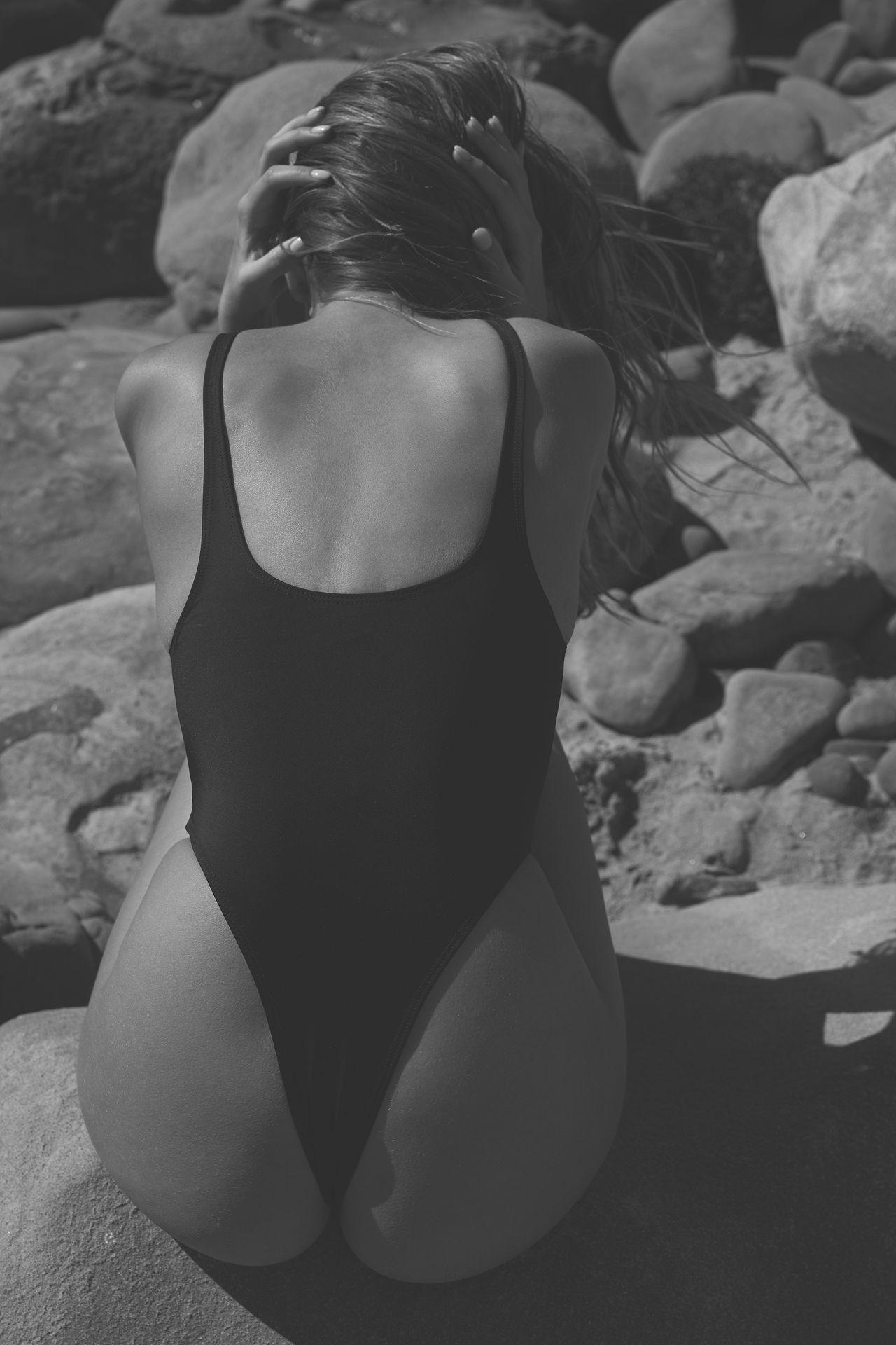 Kara Del Toro Nude & Sexy 0012