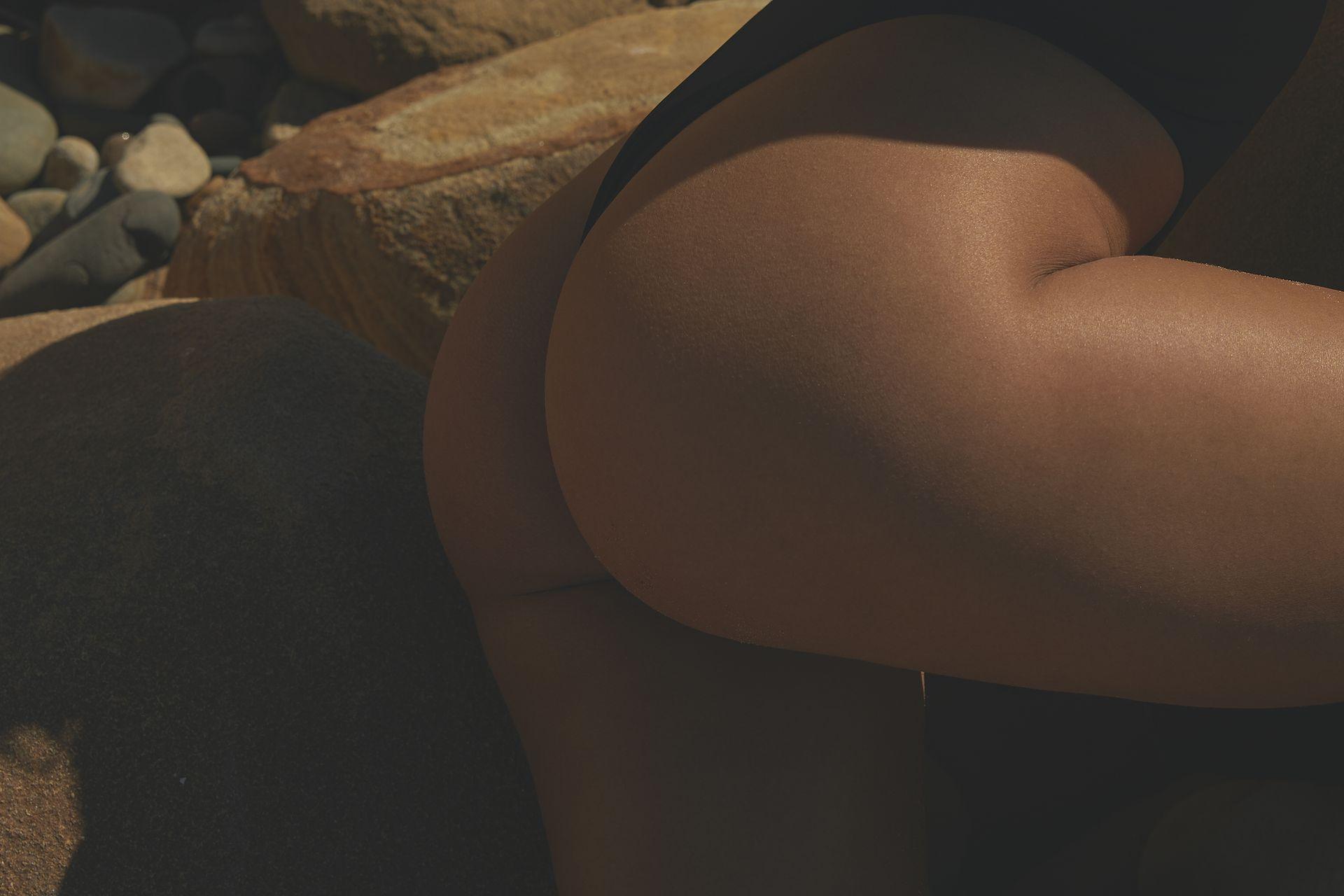 Kara Del Toro Nude & Sexy 0033