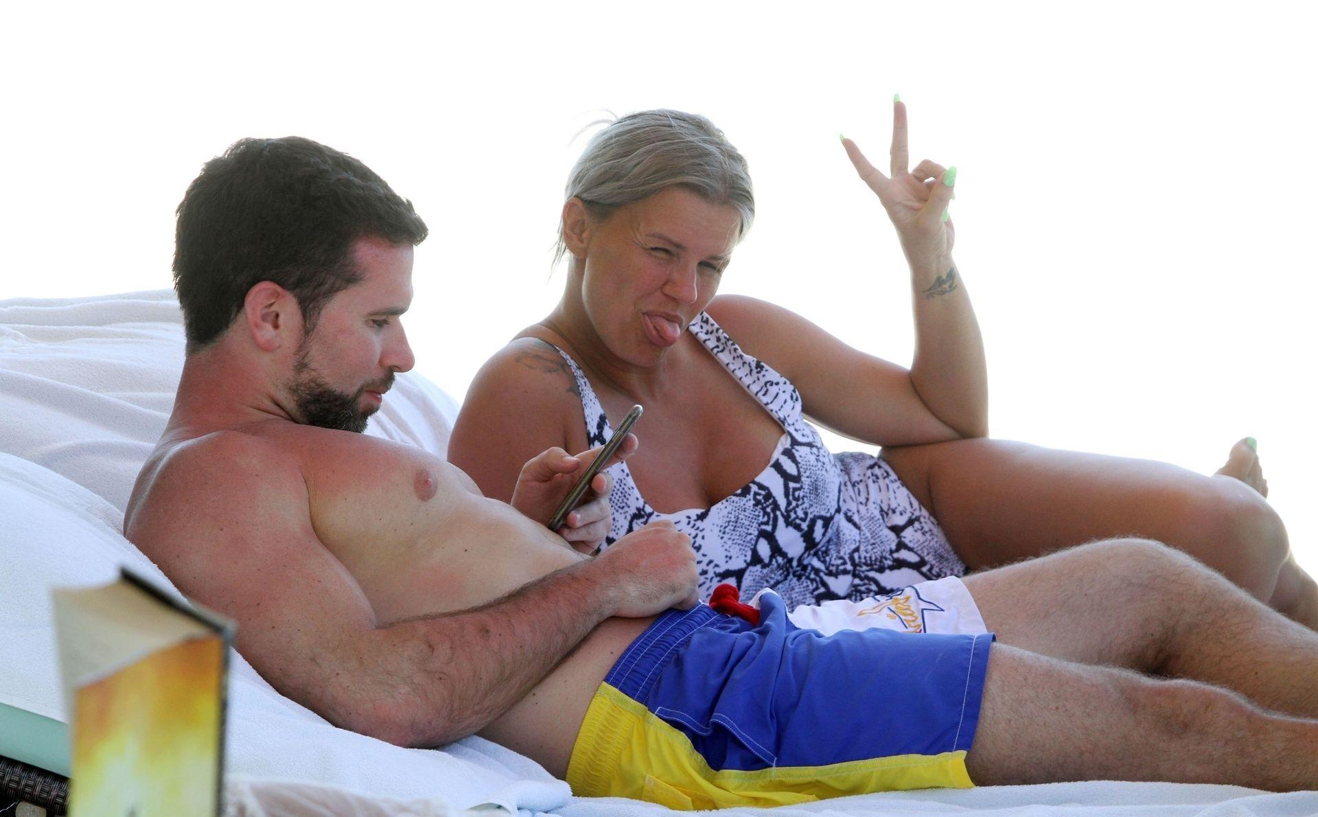 Kerry Katona & Ryan Mahoney Hit The Beach On Holiday At Their Luxury 5 Star Resort Ayada Maldives 0036