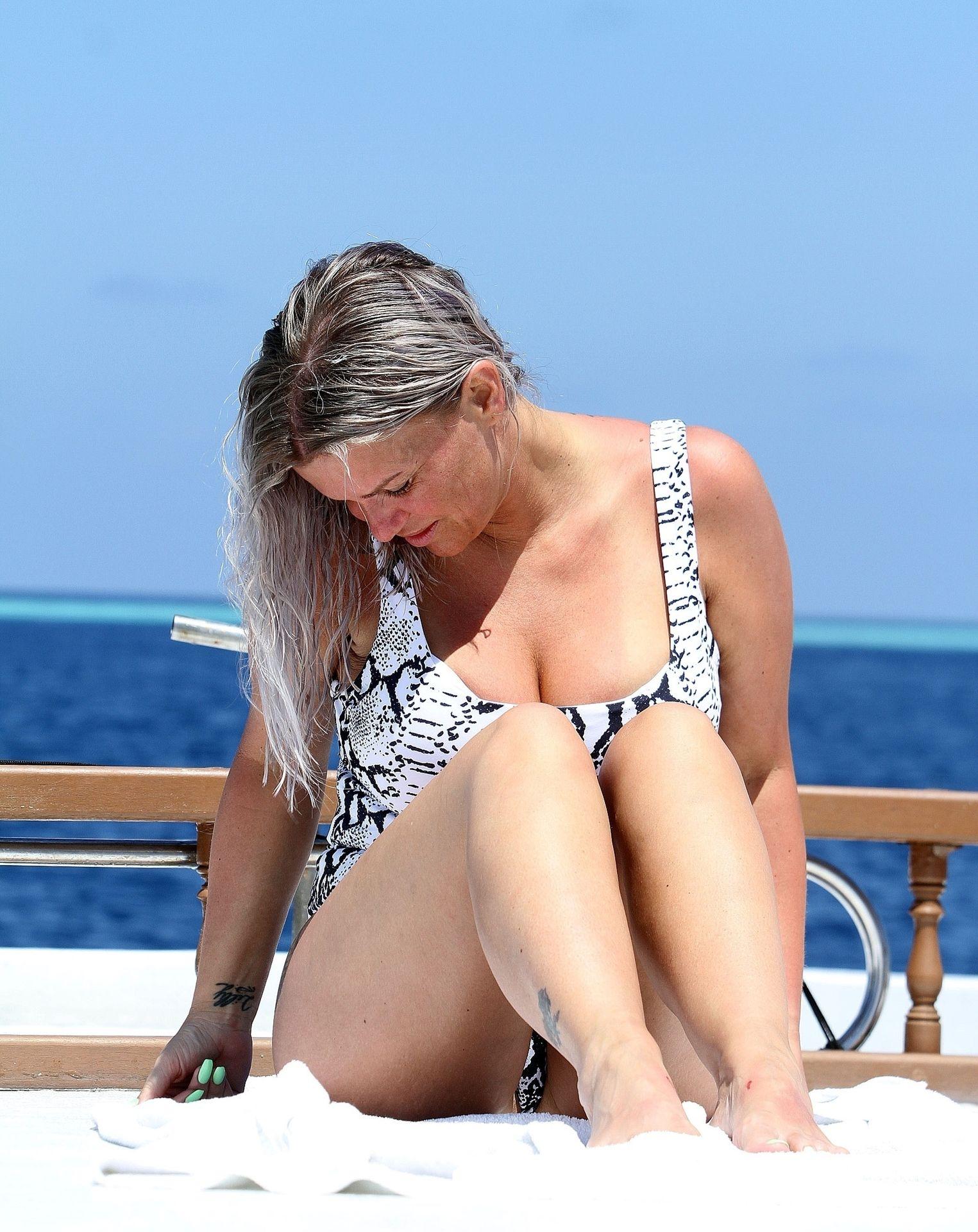 Kerry Katona & Ryan Mahoney Hit The Beach On Holiday At Their Luxury 5 Star Resort Ayada Maldives 0042