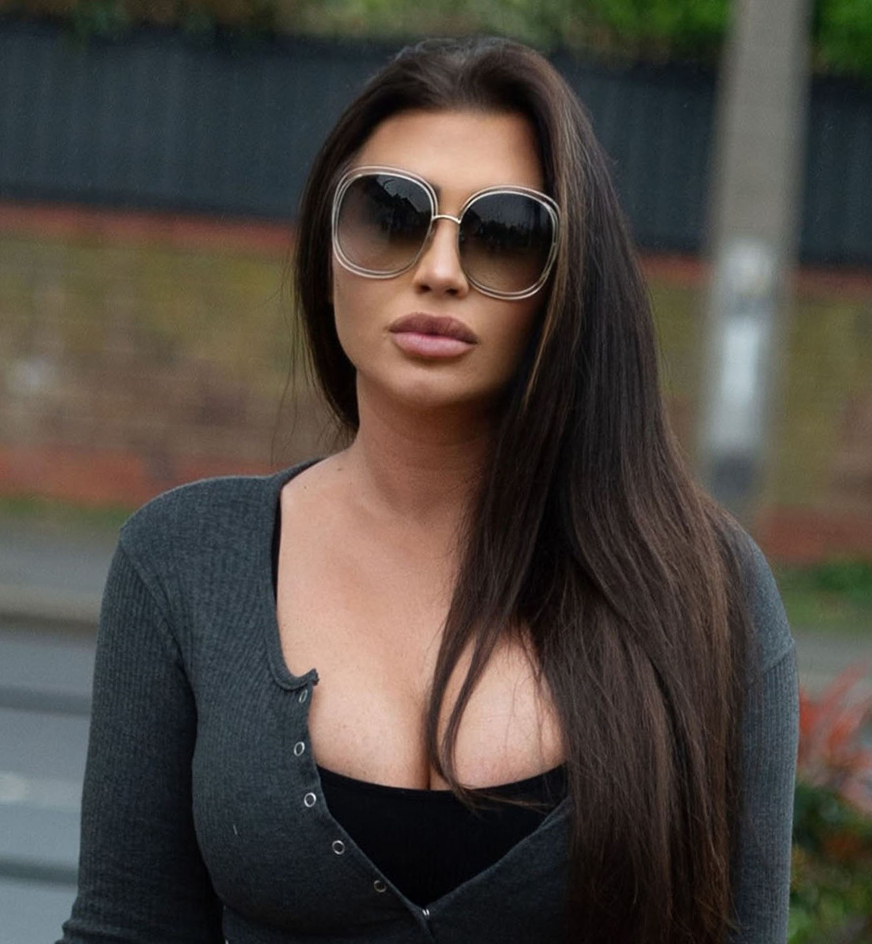 Lauren Goodger Spotted Leaving Her Home Going To Her Local Shops 0011