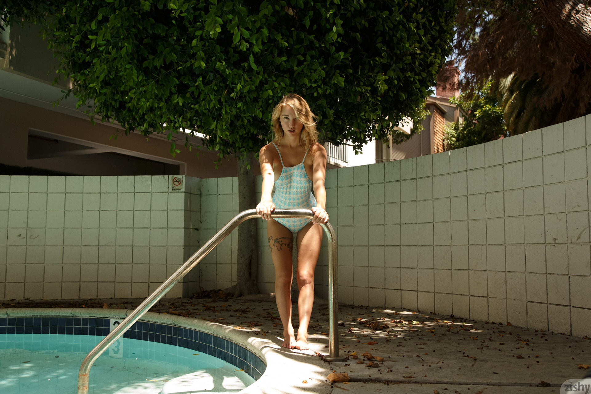 Lily Ivy Poolside Feminism 0019