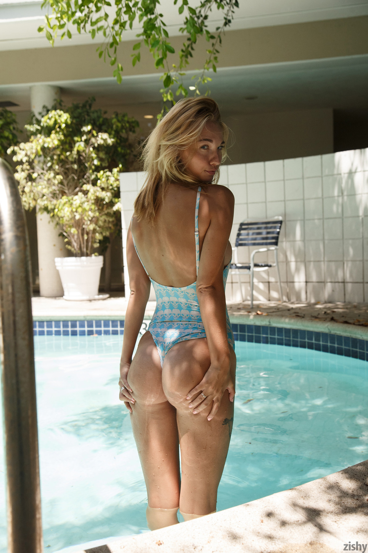 Lily Ivy Poolside Feminism 0073
