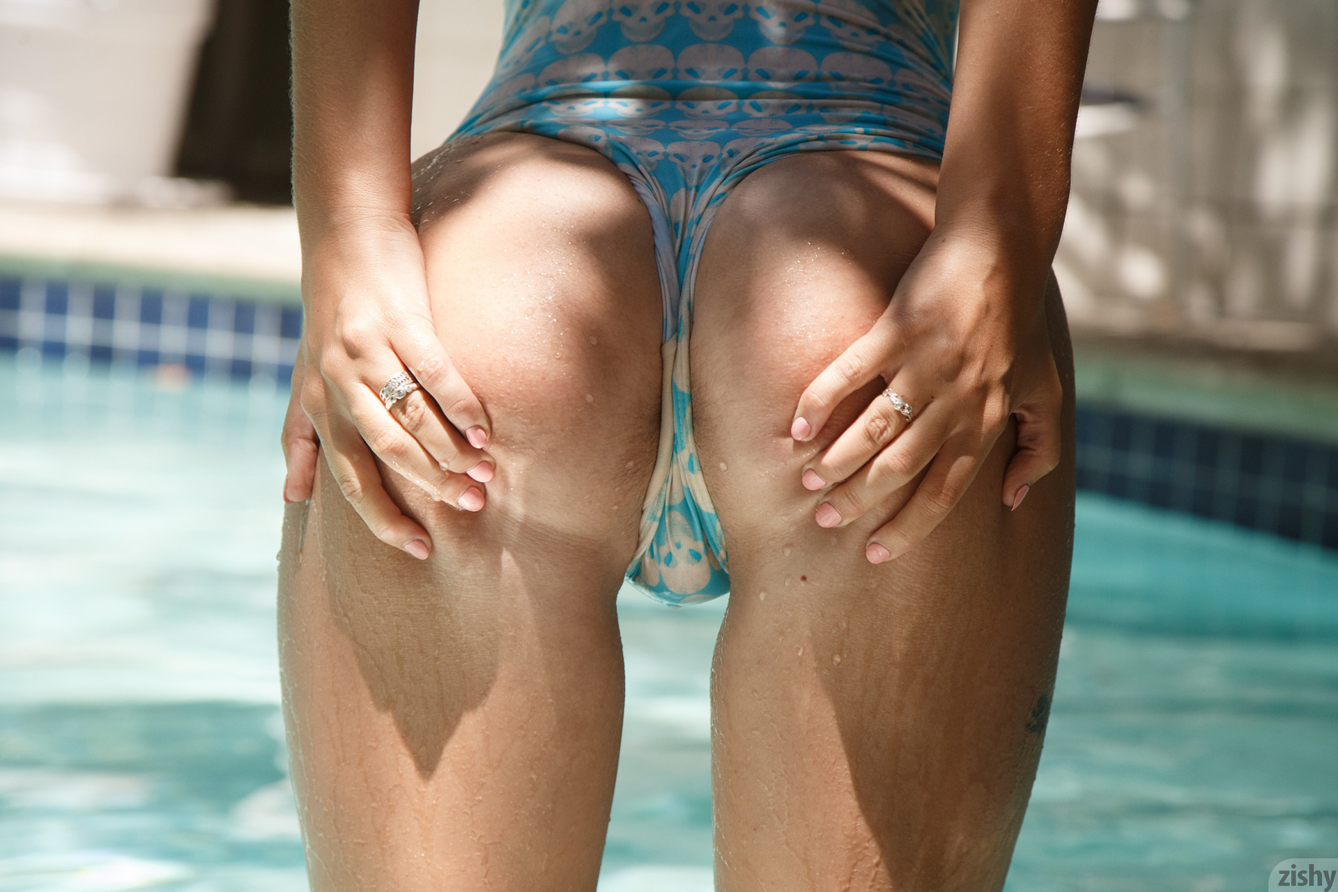 Lily Ivy Poolside Feminism 0082