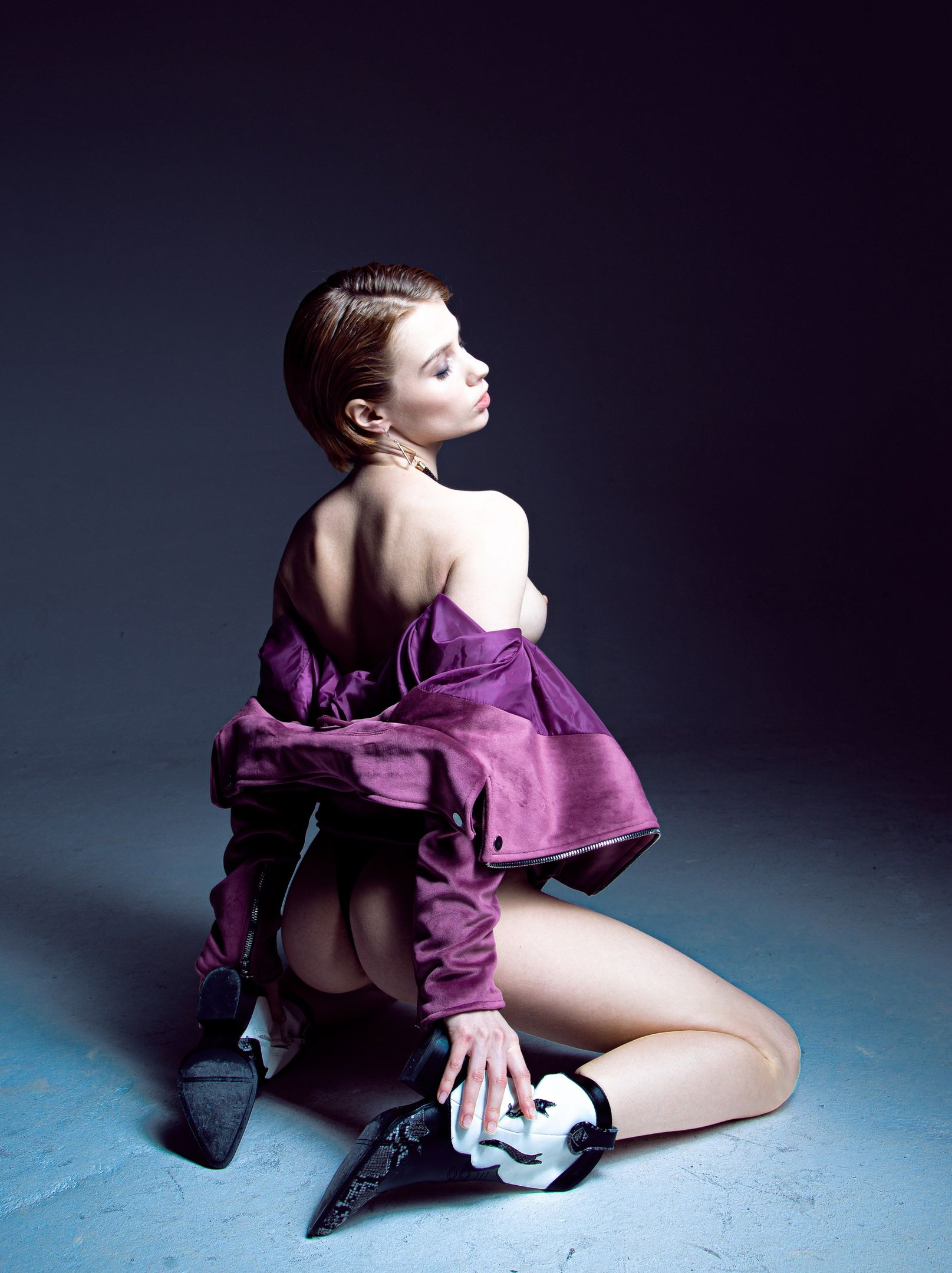 Marta Gromova Nude & Sexy 0004
