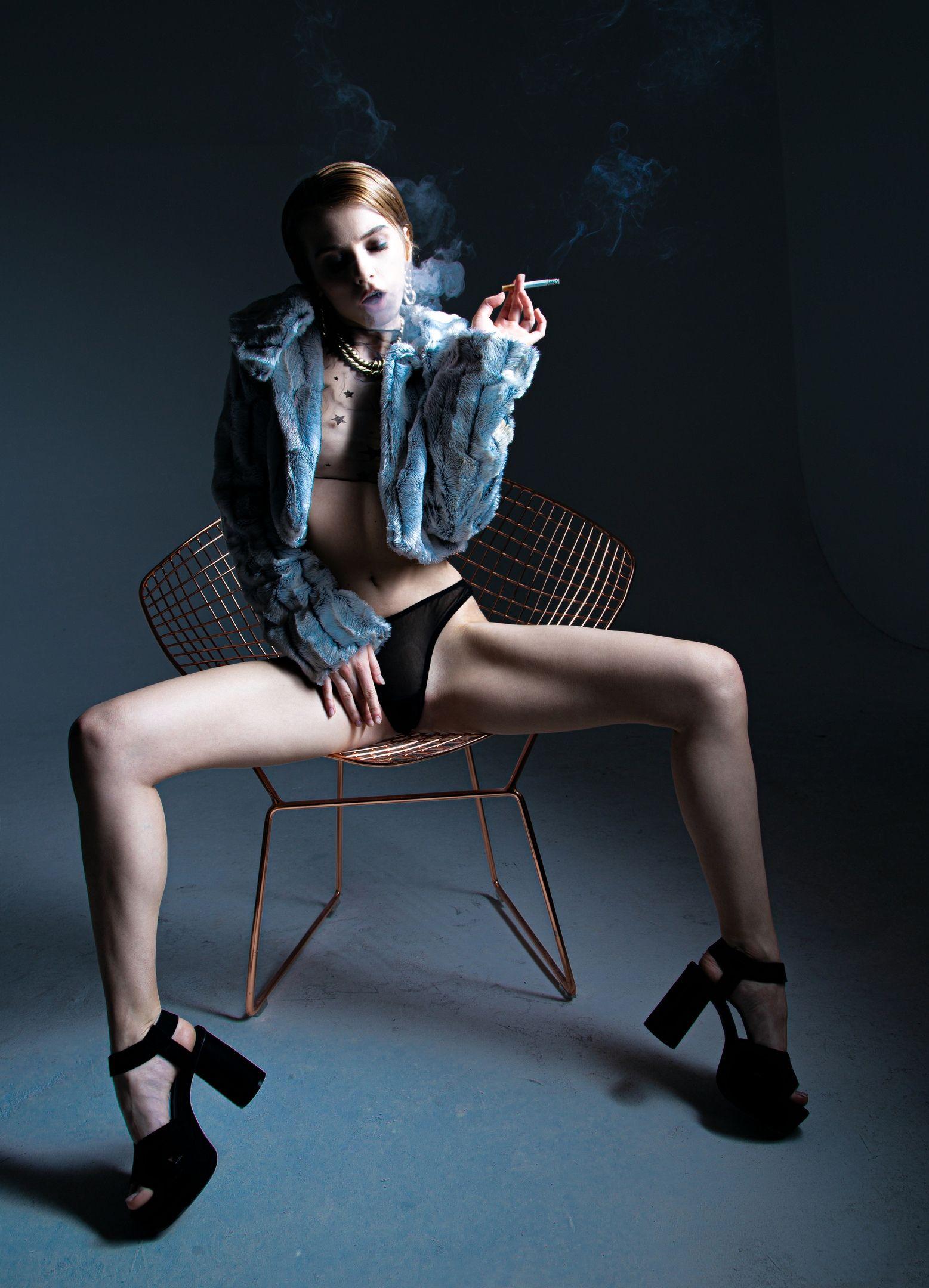 Marta Gromova Nude & Sexy 0006