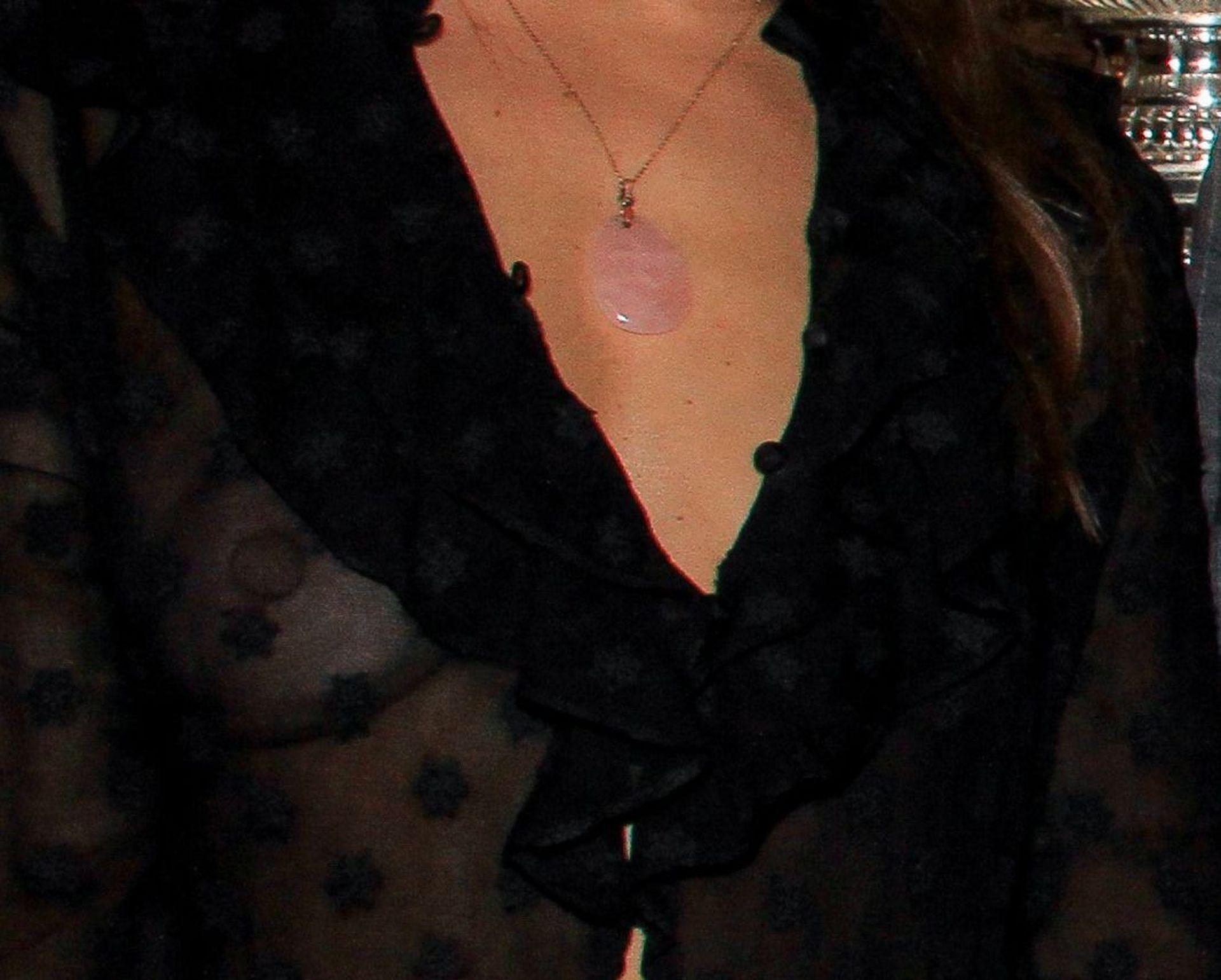 Natasha Andrews Shows Her Big Nipples In Paris 0006