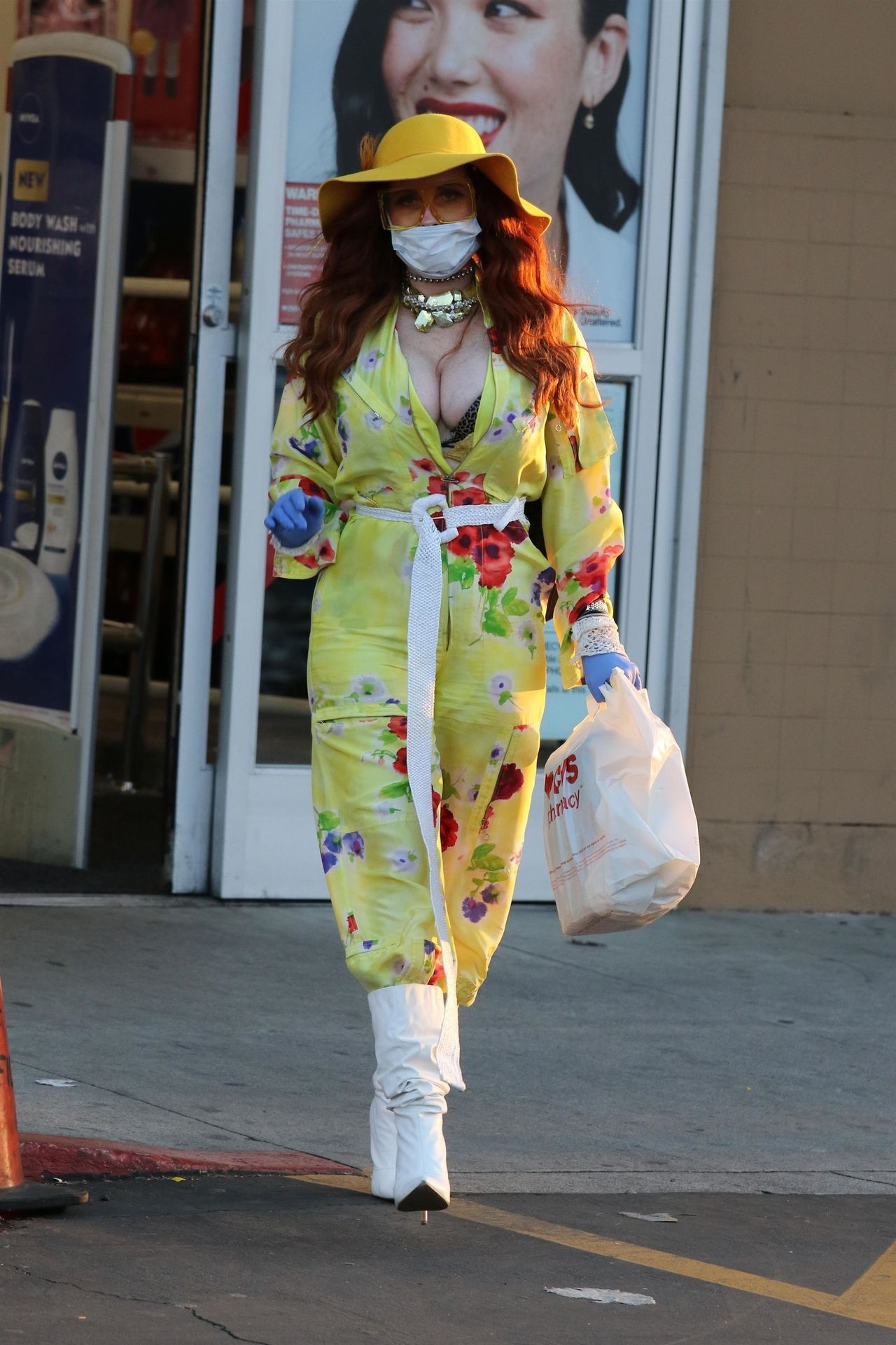 Phoebe Price Isn't Taking Any Chances When It Comes To The Coronavirus 0010
