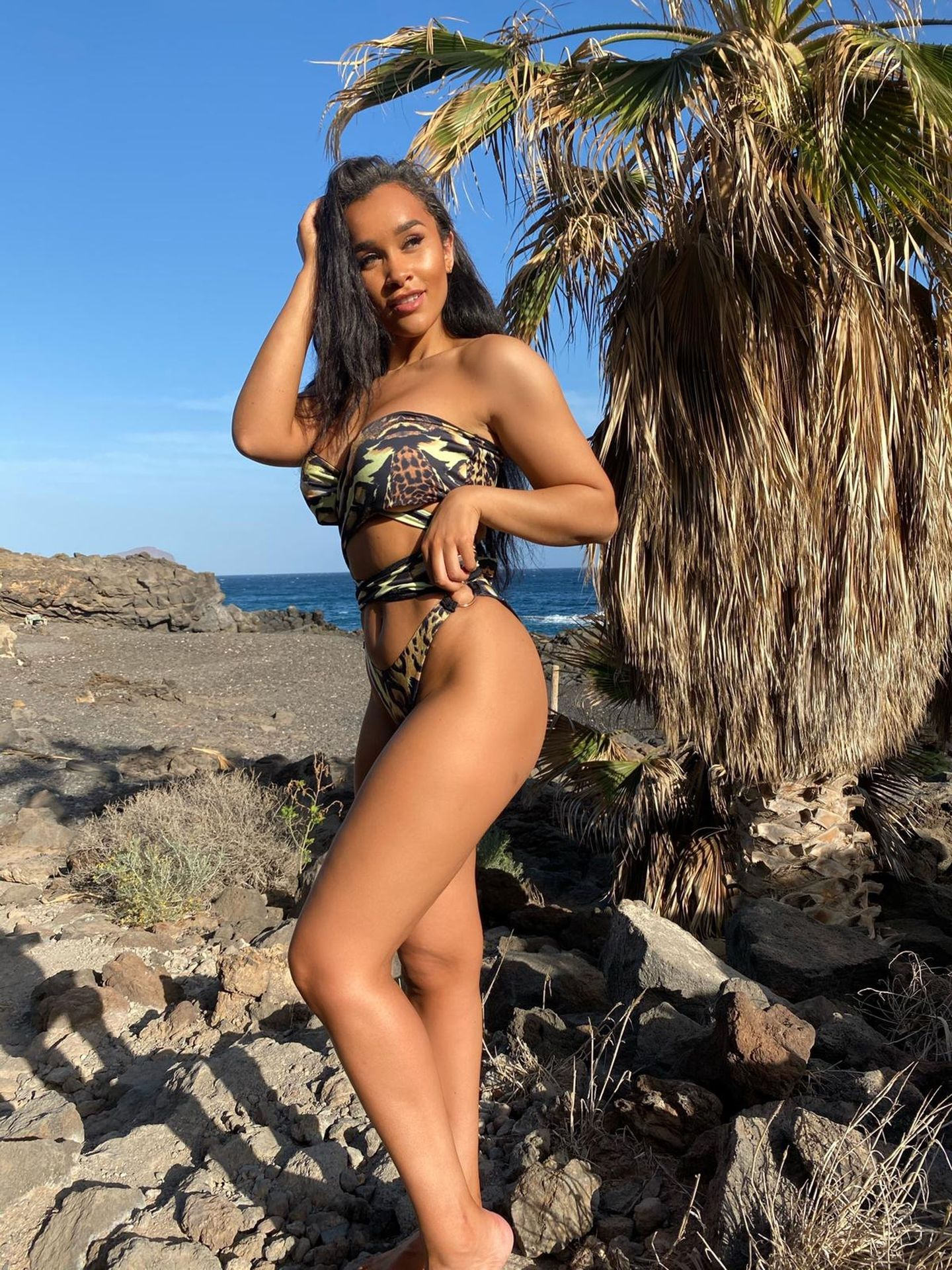 Sian Gabbidon Gets The Pulses Racing By Showcasing Her New Swimwear Collection 0011
