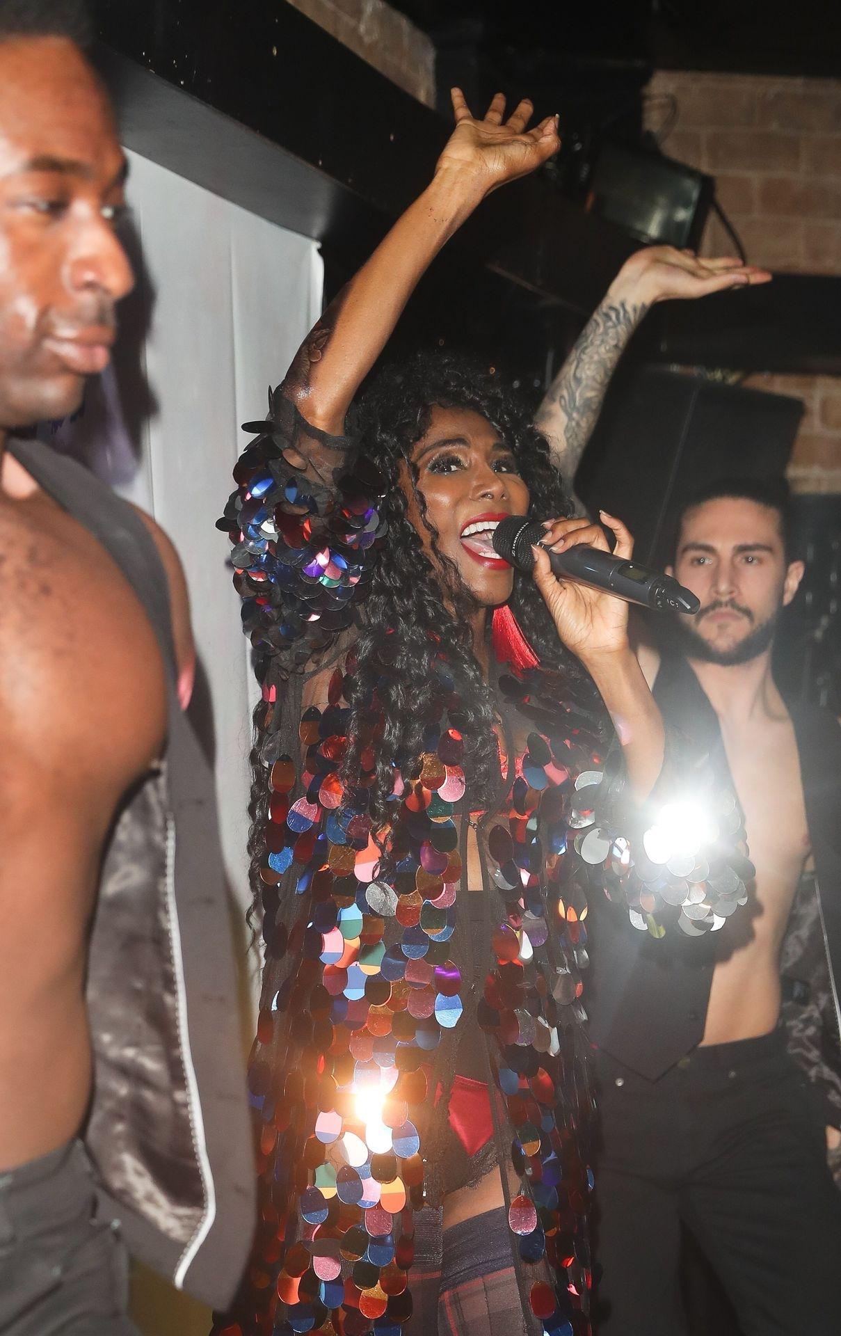 Sinitta Performs In London 0007