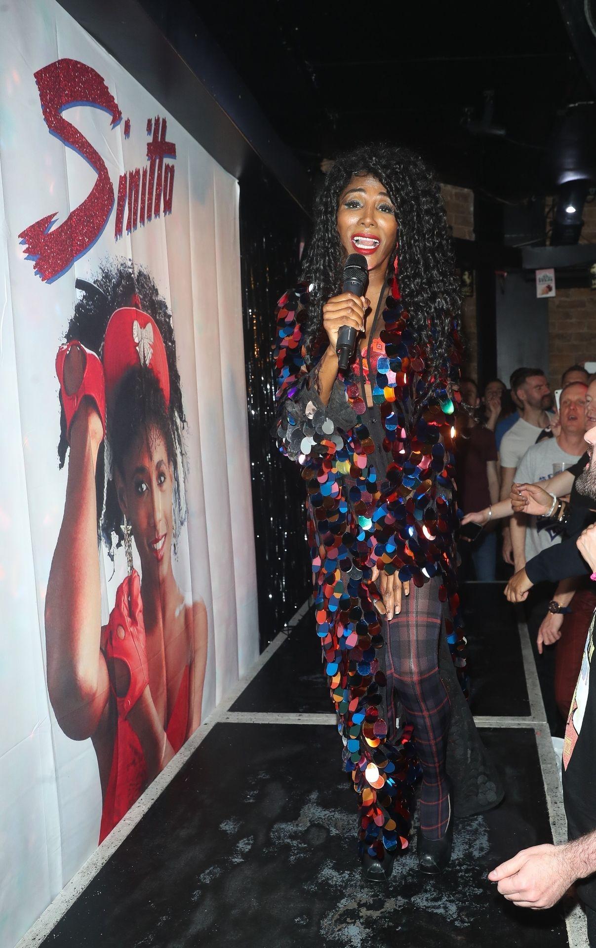 Sinitta Performs In London 0009