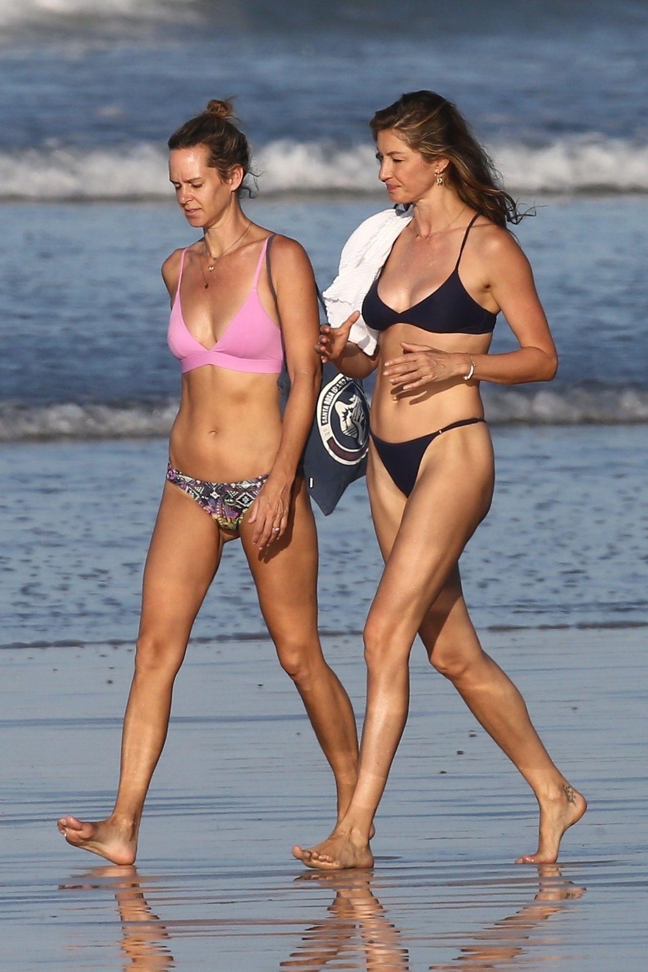 Tom Brady & Gisele Bundchen Pack On The Pda At The Beach 0019