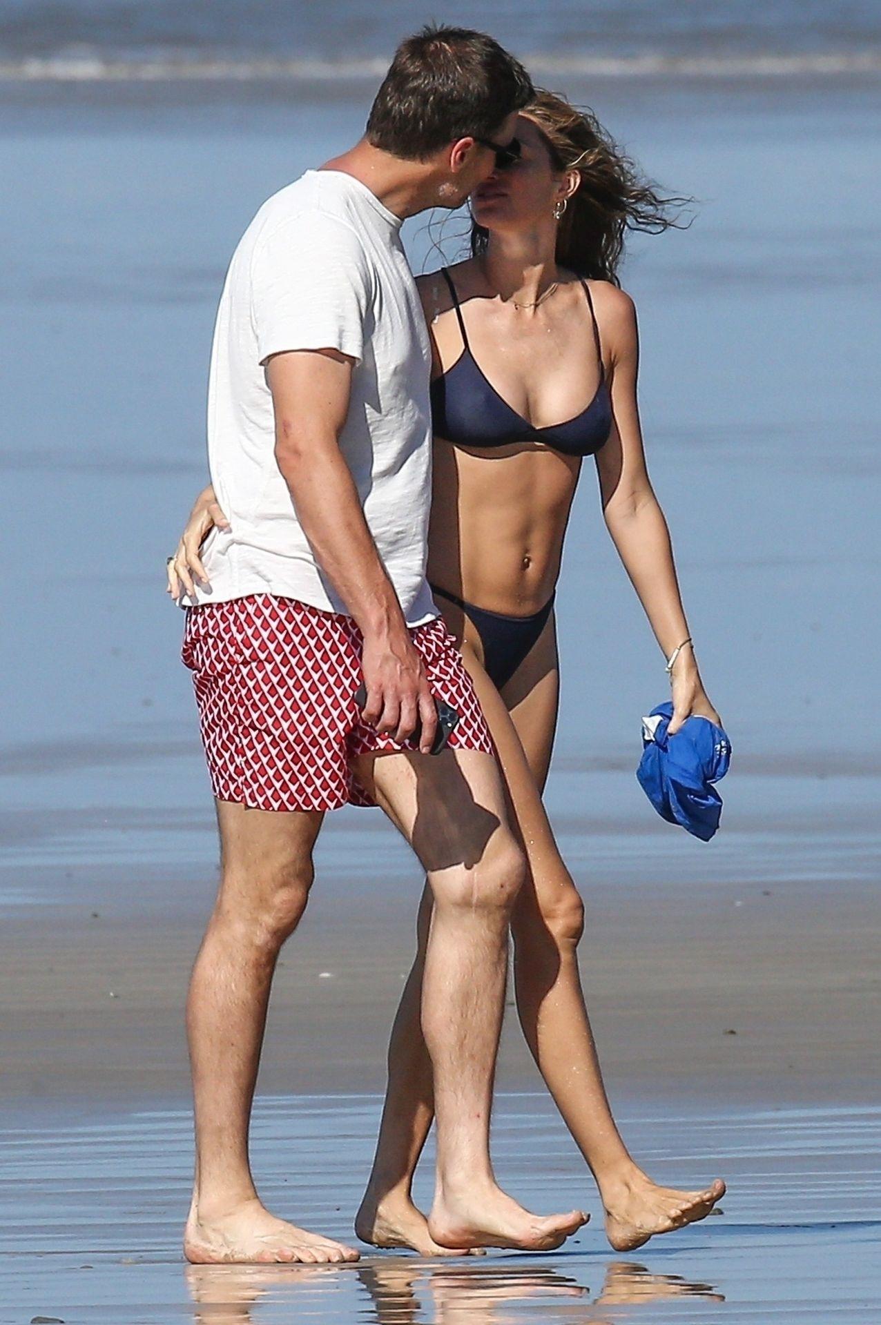 Tom Brady & Gisele Bundchen Pack On The Pda At The Beach 0027