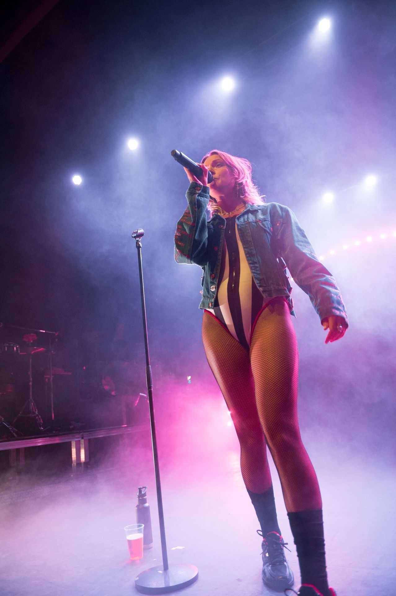 Tove Lo Is In Concert Performing Live At O2 Forum Kentish Town In London 0015
