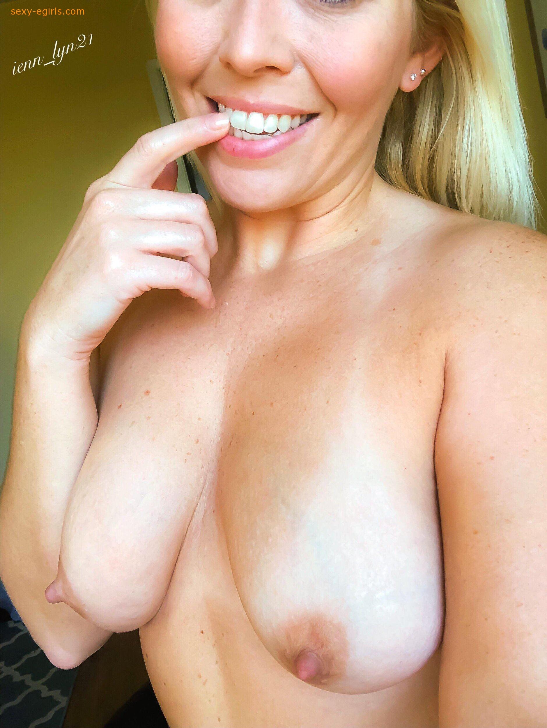 Jenn Lyn21 Onlyfans Nude Photo Leaks 0014