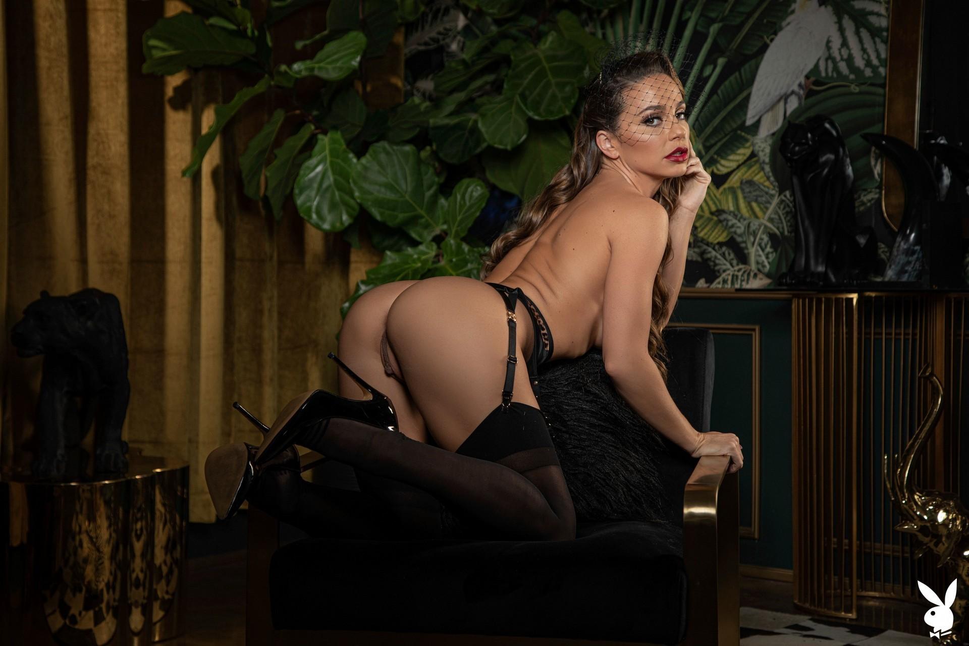 Abigail Mac Nude – Playboy 0003