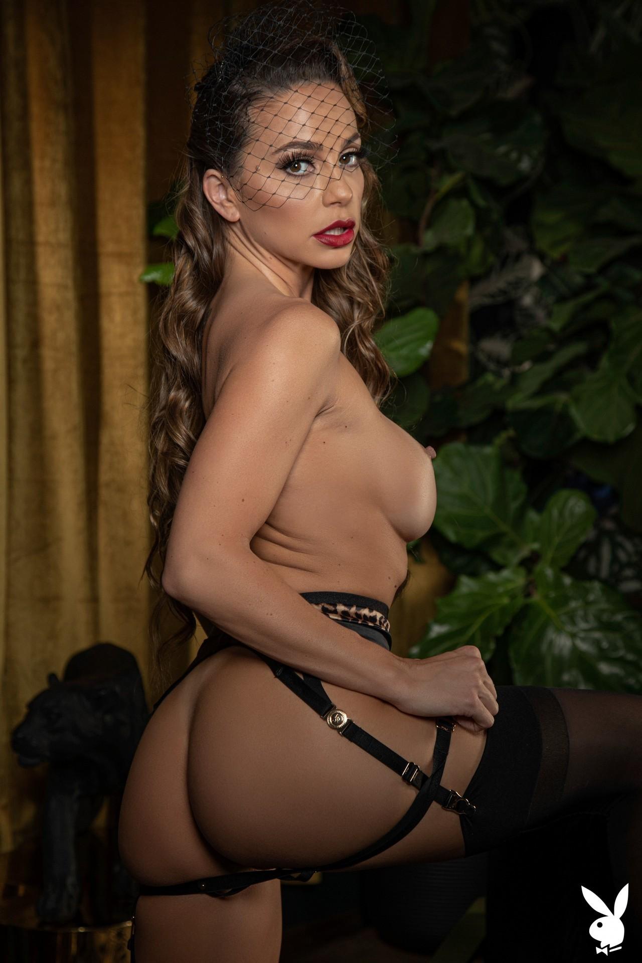 Abigail Mac Nude – Playboy 0006