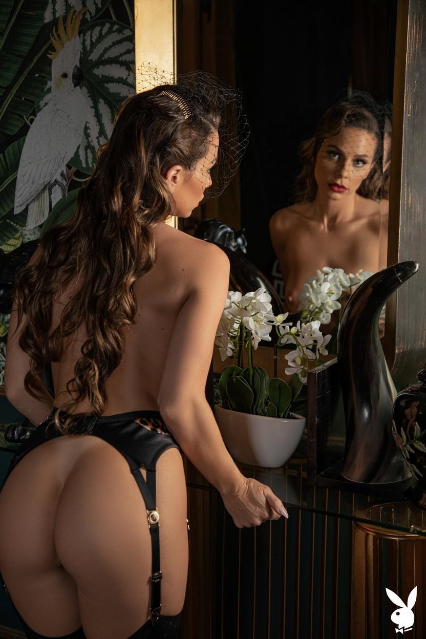 Abigail Mac Nude – Playboy 0013