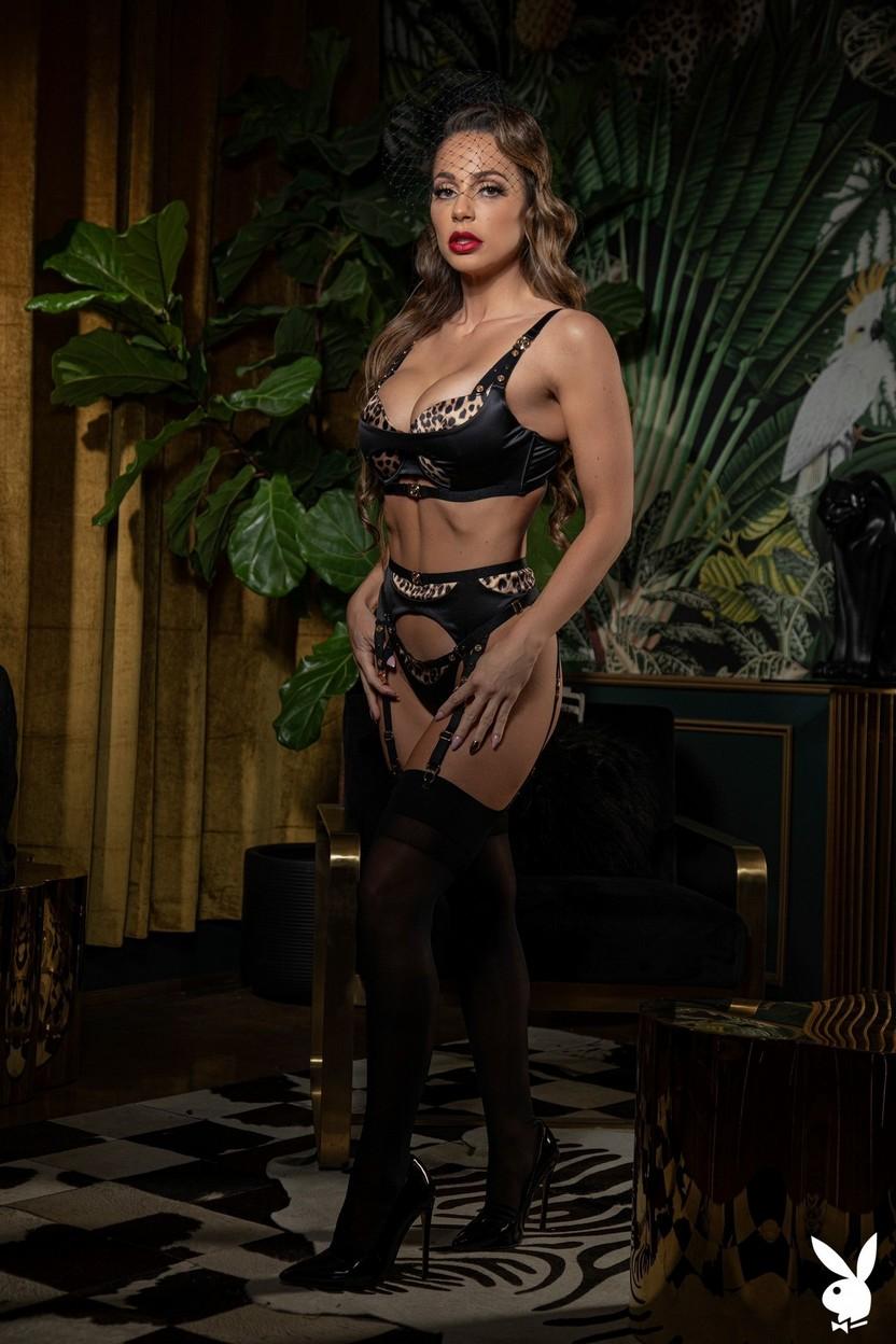 Abigail Mac Nude – Playboy 0015