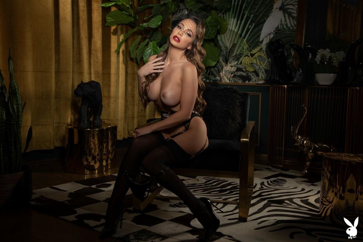 Abigail Mac Nude – Playboy 0017