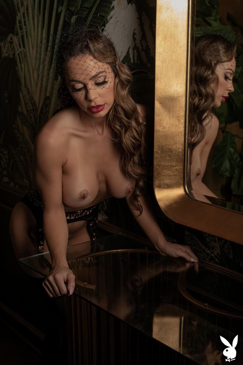 Abigail Mac Nude – Playboy 0024