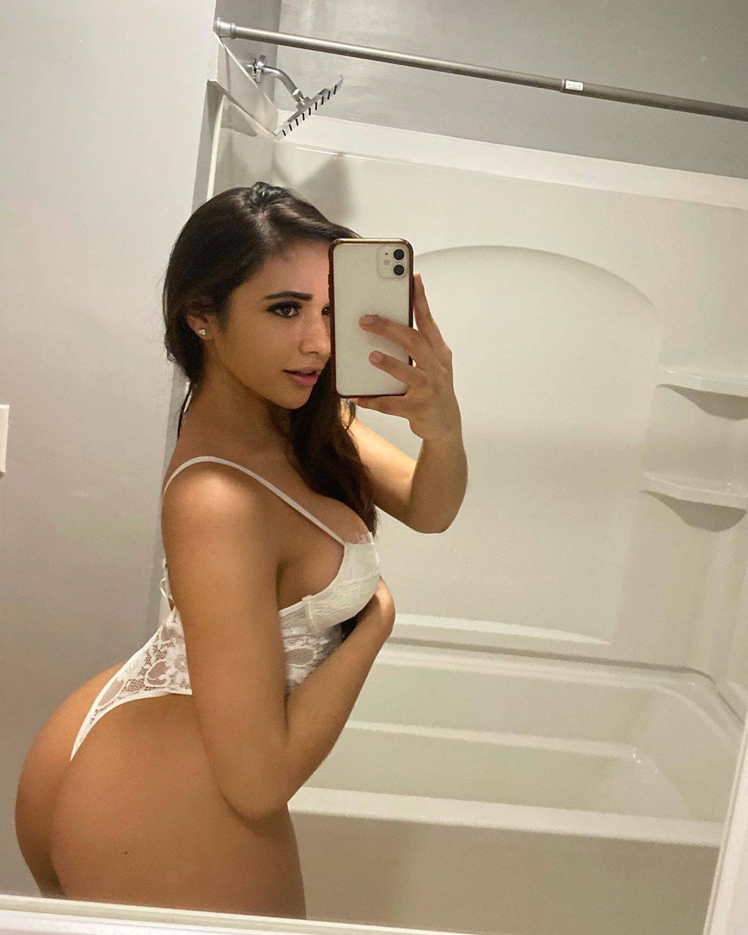 Ashley Ortiz Big Ass And Boobs In Racy White Lingerie 0003