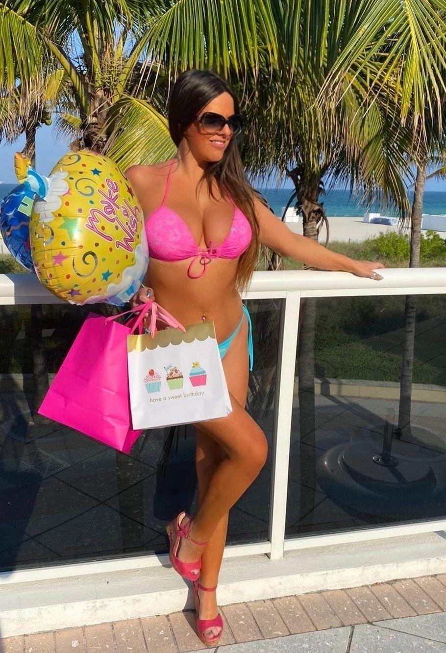 Claudia Romani Celebrates Her Birthday 0001