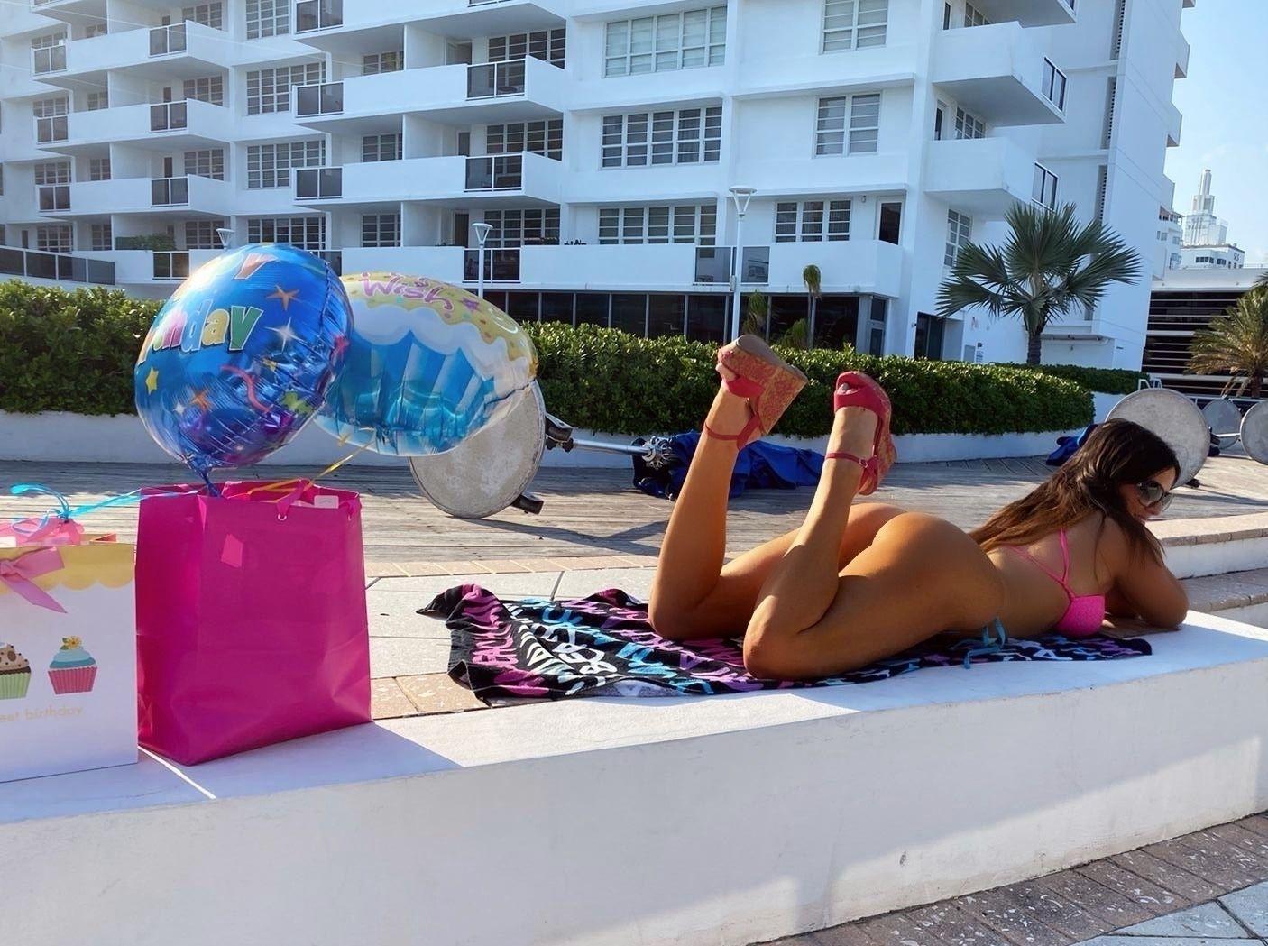 Claudia Romani Celebrates Her Birthday 0003