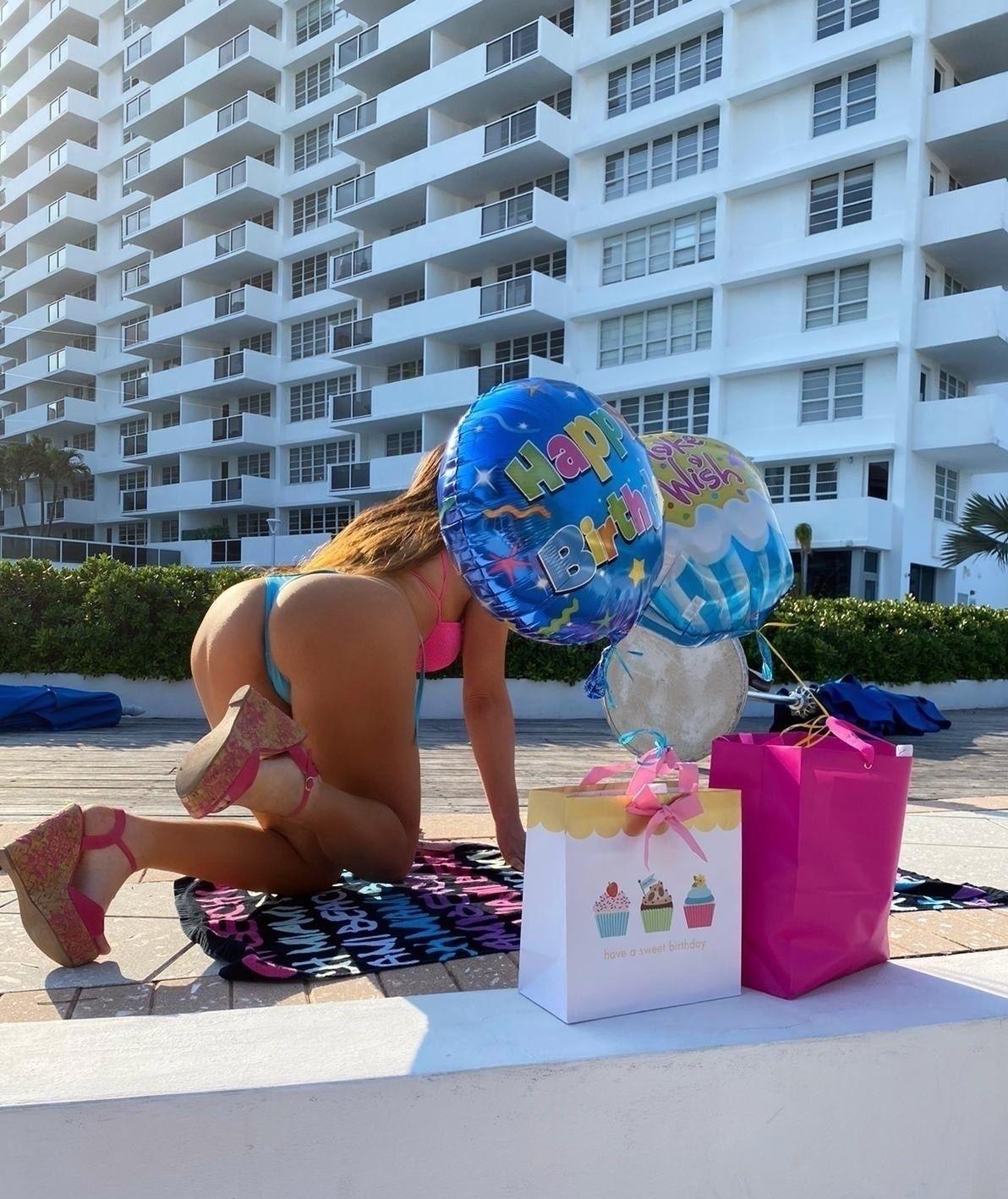 Claudia Romani Celebrates Her Birthday 0007