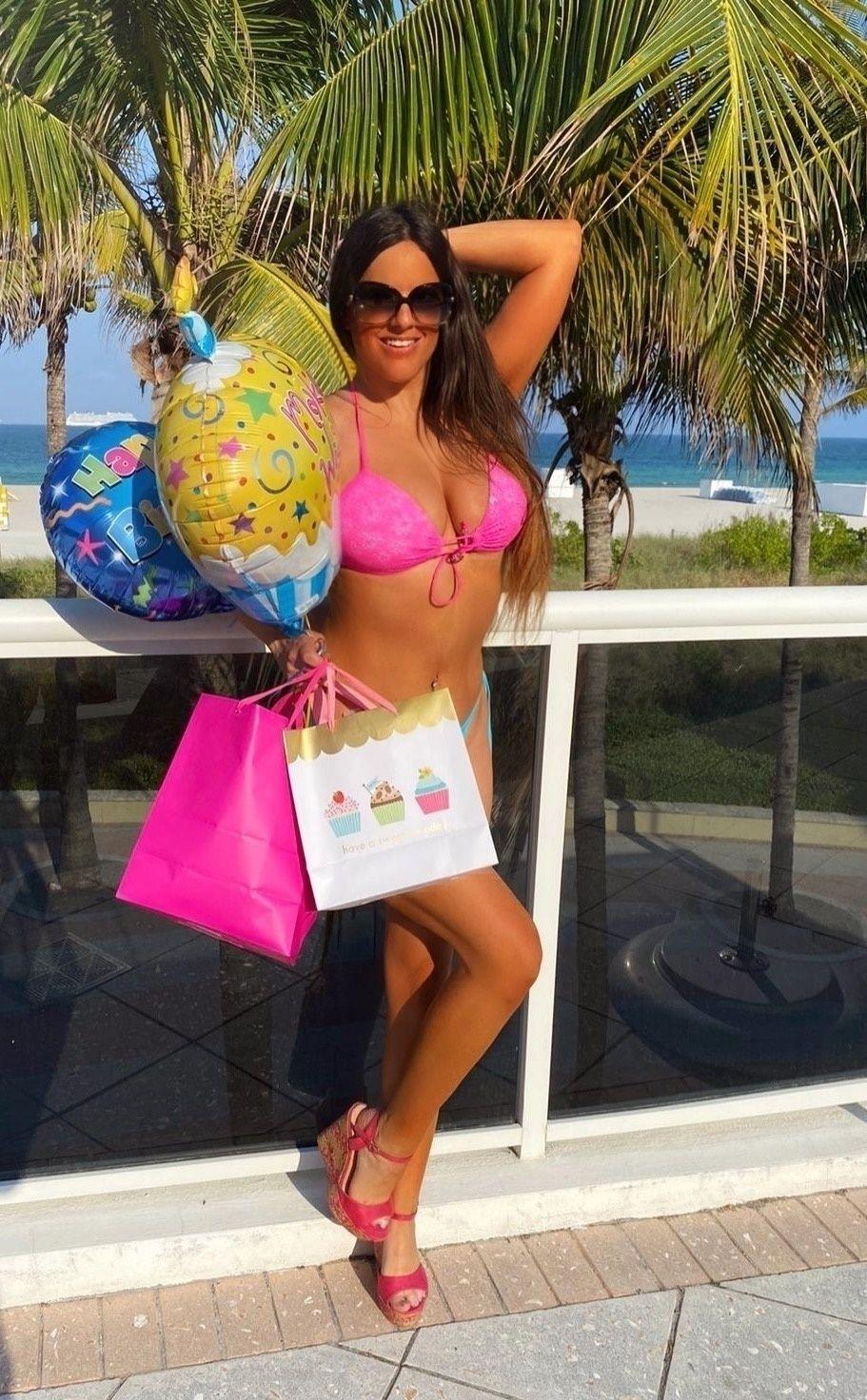 Claudia Romani Celebrates Her Birthday 0009