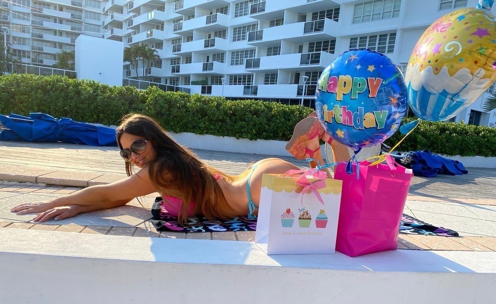 Claudia Romani Celebrates Her Birthday 0010