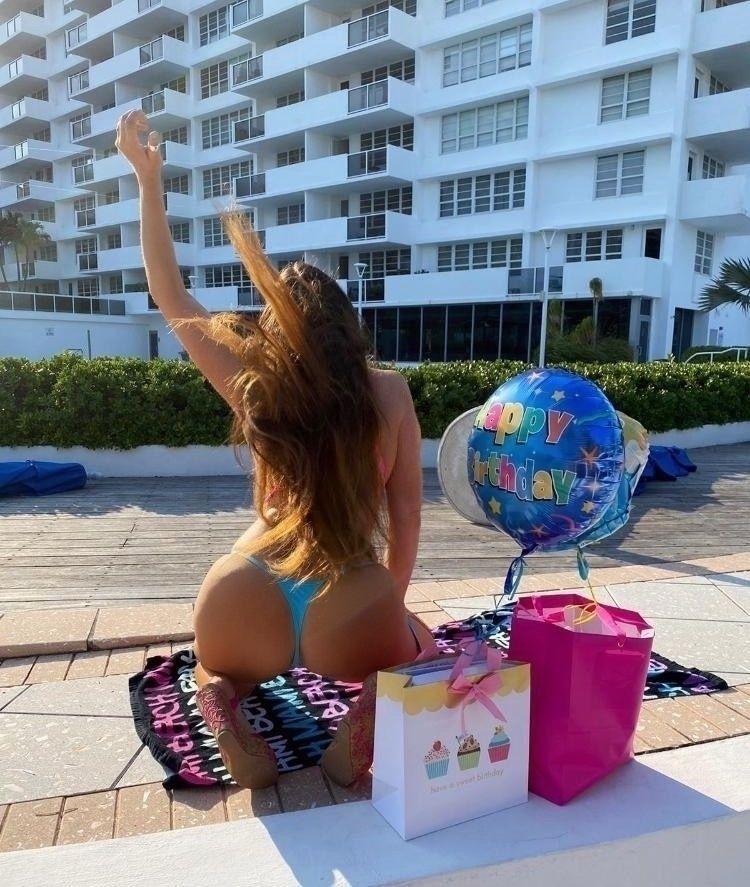 Claudia Romani Celebrates Her Birthday 0013